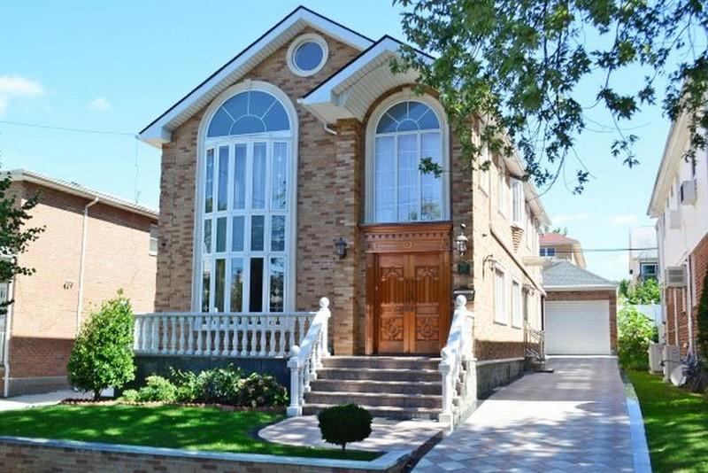 一戸建て のために 売買 アット Colonial Bayside, ニューヨーク 11364 アメリカ合衆国