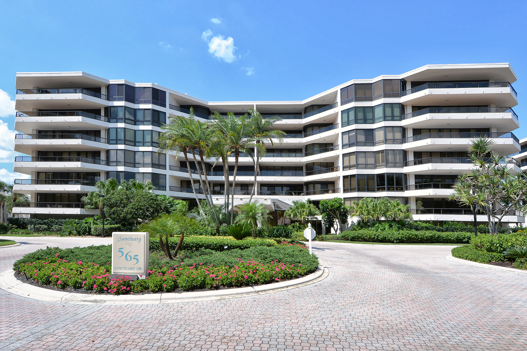 Property For Sale at LONGBOAT KEY