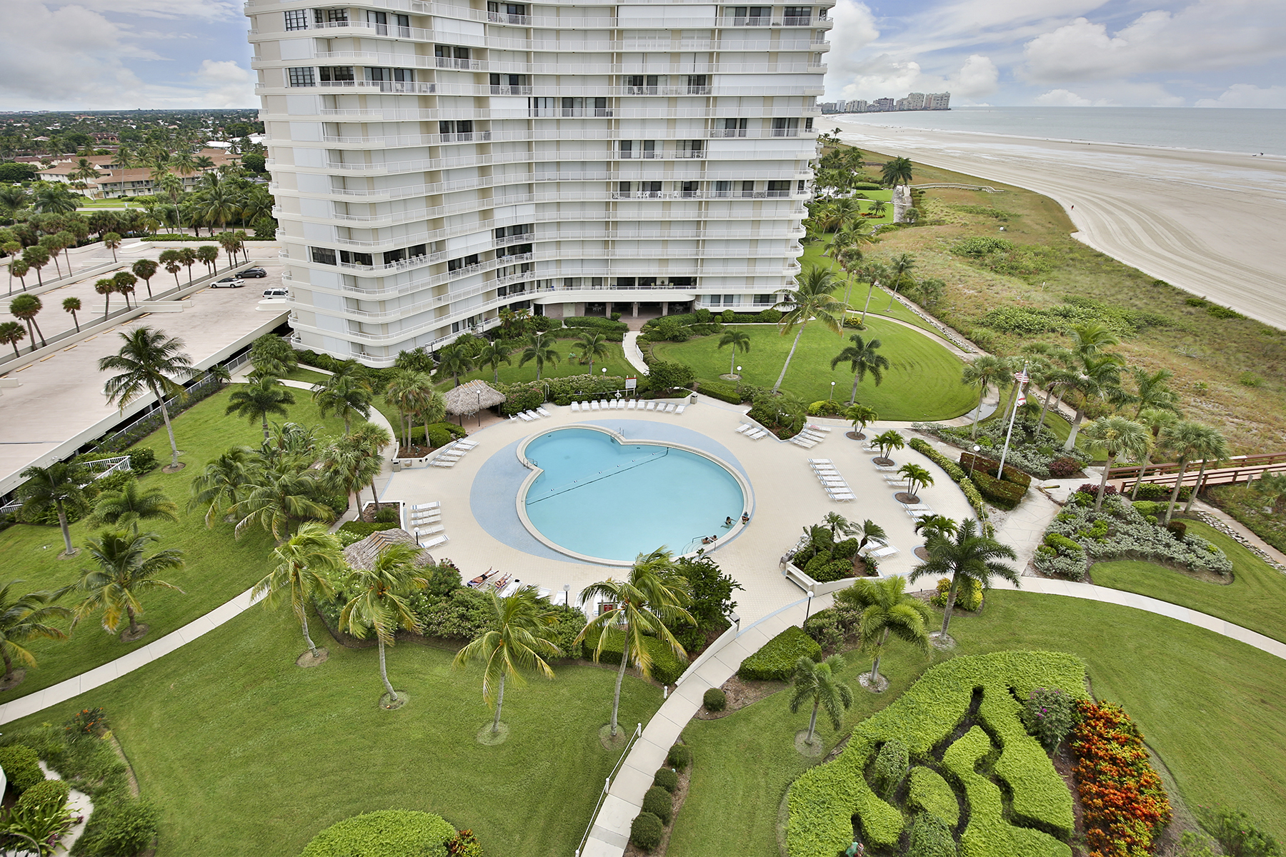 Condominium for Sale at MARCO ISLAND - SOUTH SEAS 320 Seaview Ct 1109 Marco Island, Florida, 34145 United States