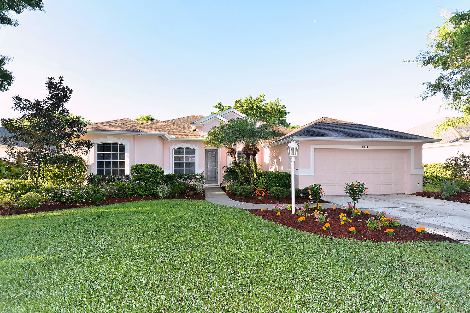 Single Family Home for Sale at LAKEWOOD RANCH - SUMMERFIELD VILLAGE 11218 Pine Lilly Pl Lakewood Ranch, Florida, 34202 United States