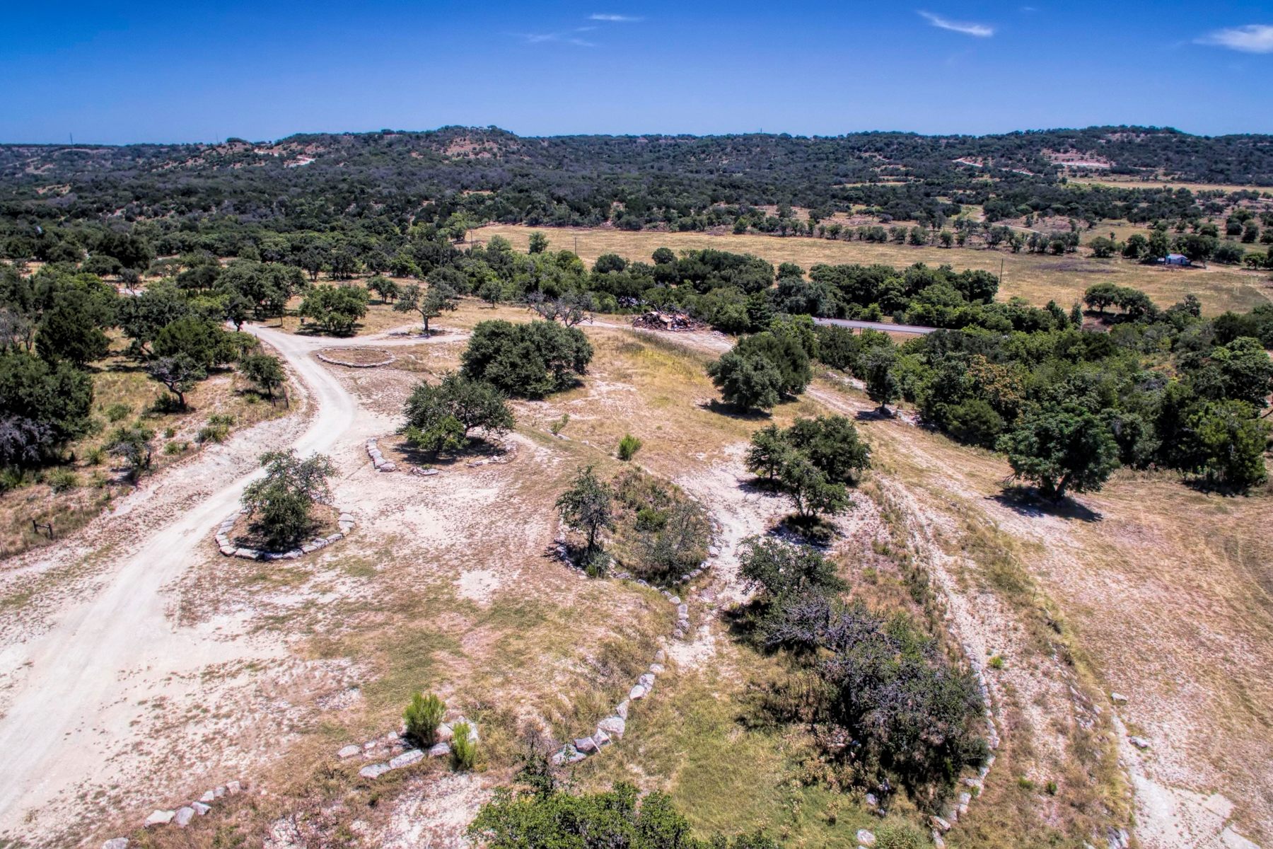Additional photo for property listing at 17.5 Acre Lot in Comfort LOT 50A Camino Del Reserve Comfort, Texas 78013 Estados Unidos