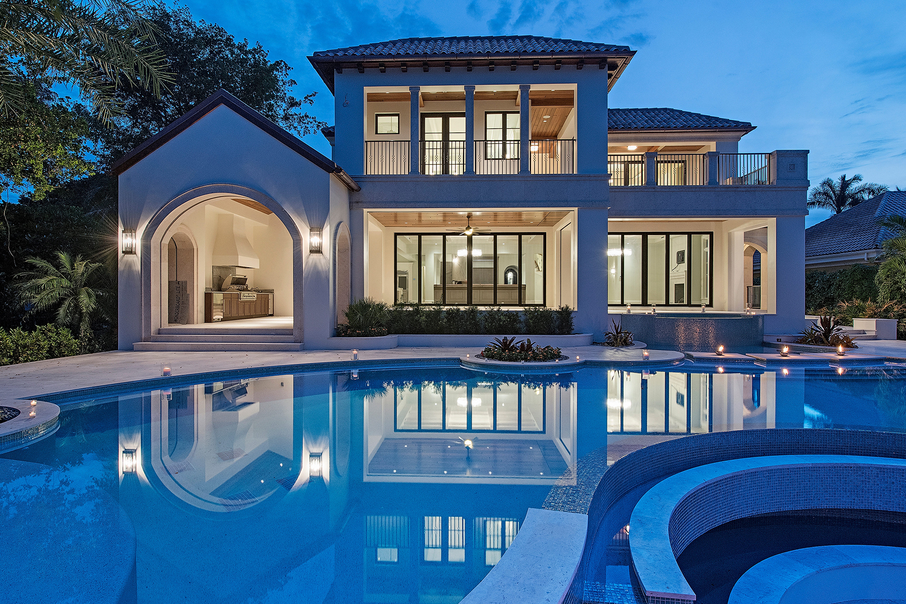 Villa per Vendita alle ore PORT ROYAL - PORT ROYAL CUTLASS COVE 4233 Gordon Dr Naples, Florida, 34102 Stati Uniti