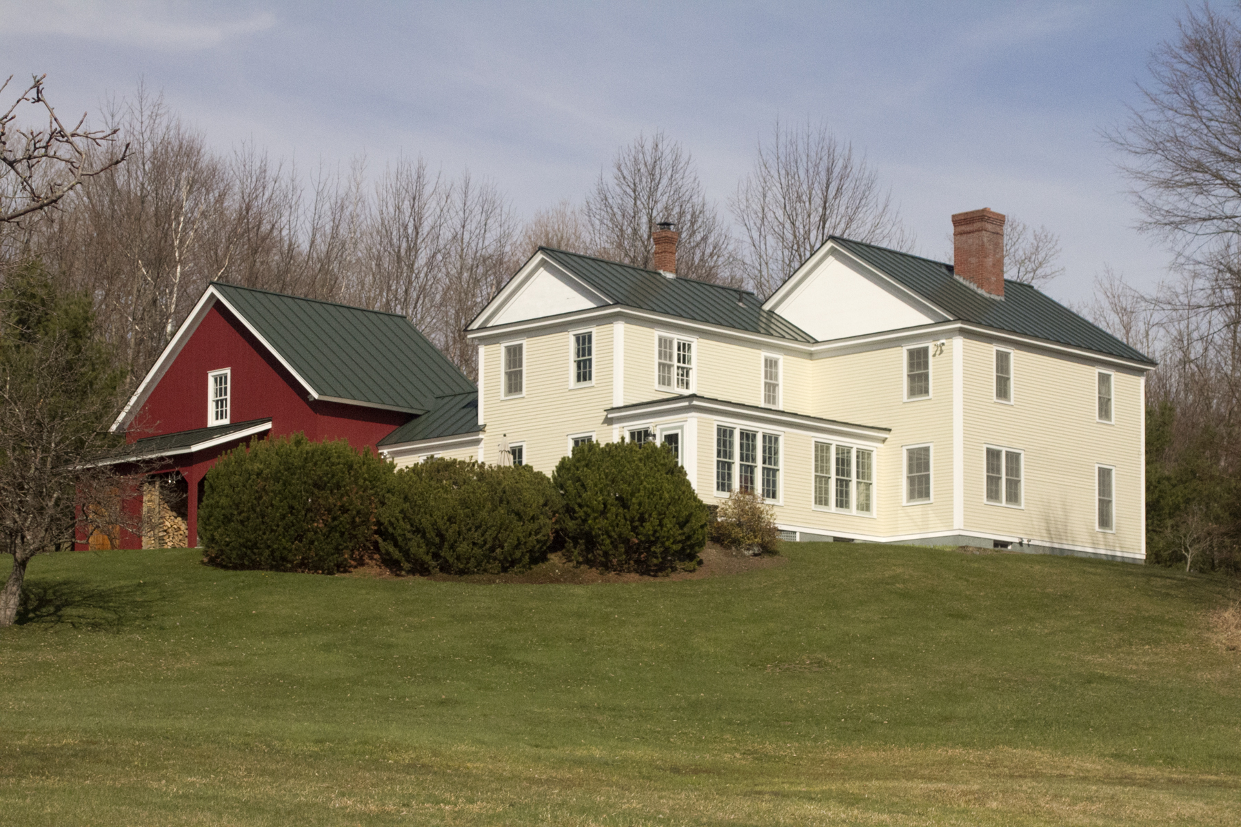 Single Family Home for Sale at 3205 Center Rd, Hyde Park 3205 NW Center Rd Hyde Park, Vermont, 05655 United States