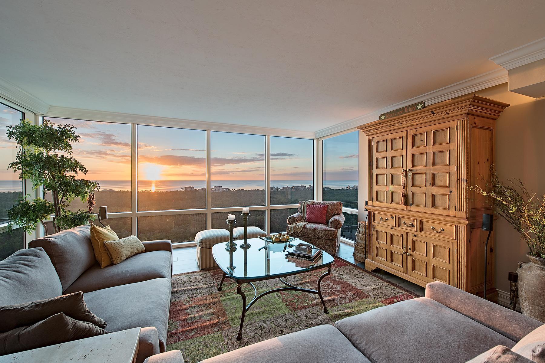 Nhà chung cư vì Bán tại PELICAN BAY - CLARIDGE 7515 Pelican Bay Blvd 14A Naples, Florida, 34108 Hoa Kỳ
