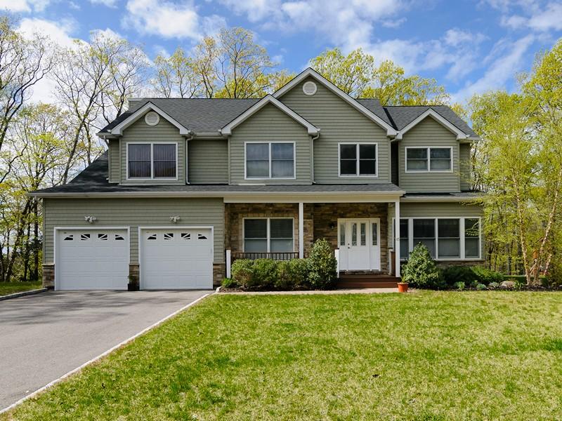 獨棟家庭住宅 為 出售 在 Contemporary 45 Harborview Dr Northport, 紐約州 11768 美國