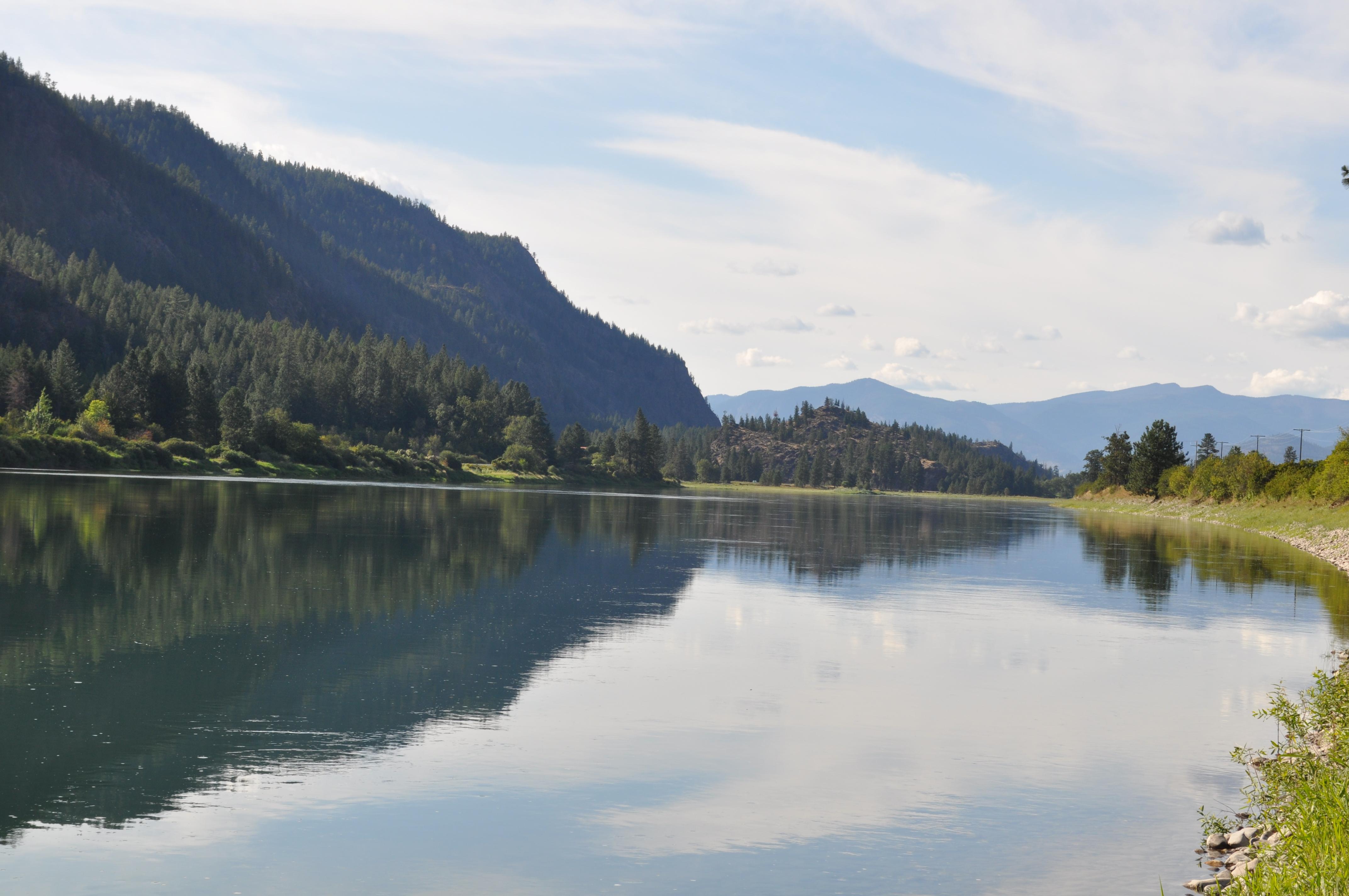 土地 のために 売買 アット Nhn River Rd , Paradise, MT 59856 Nhn River Rd Paradise, モンタナ, 59856 アメリカ合衆国
