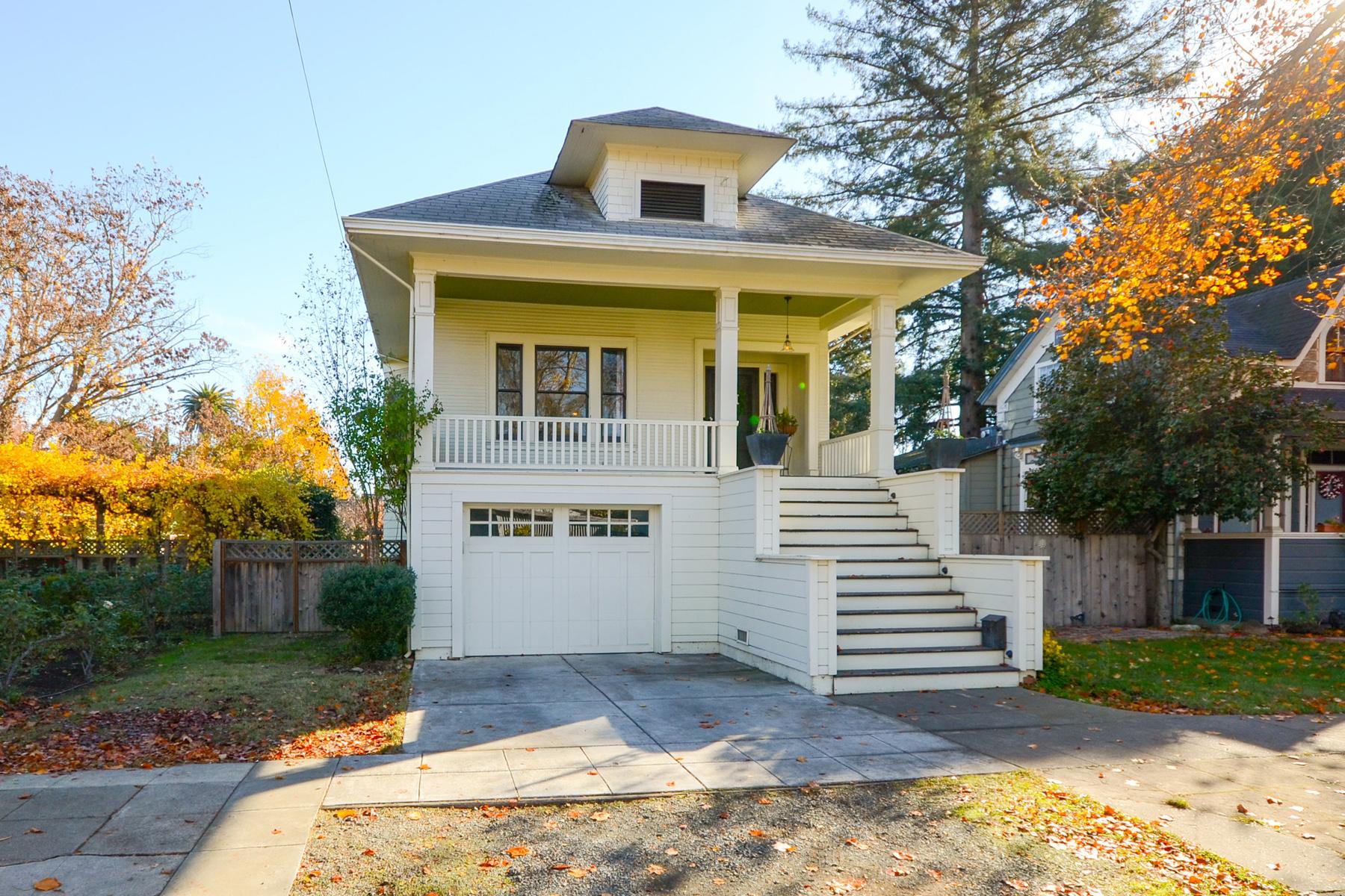 Casa Unifamiliar por un Venta en 466 Franklin St, Napa, CA 94559 466 Franklin St Napa, California, 94559 Estados Unidos