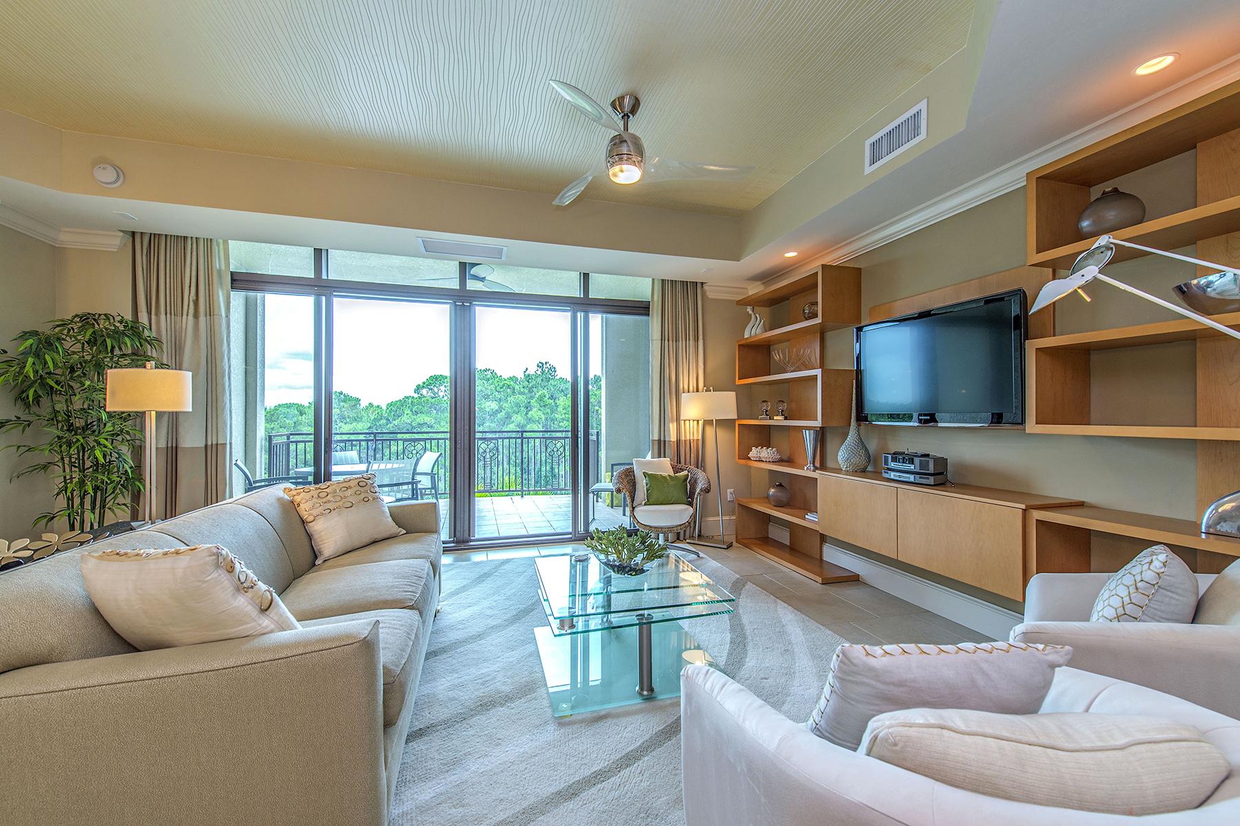 Condomínio para Venda às Strada at Mercato 9123 Strada Pl 7417 Naples, Florida 34108 Estados Unidos