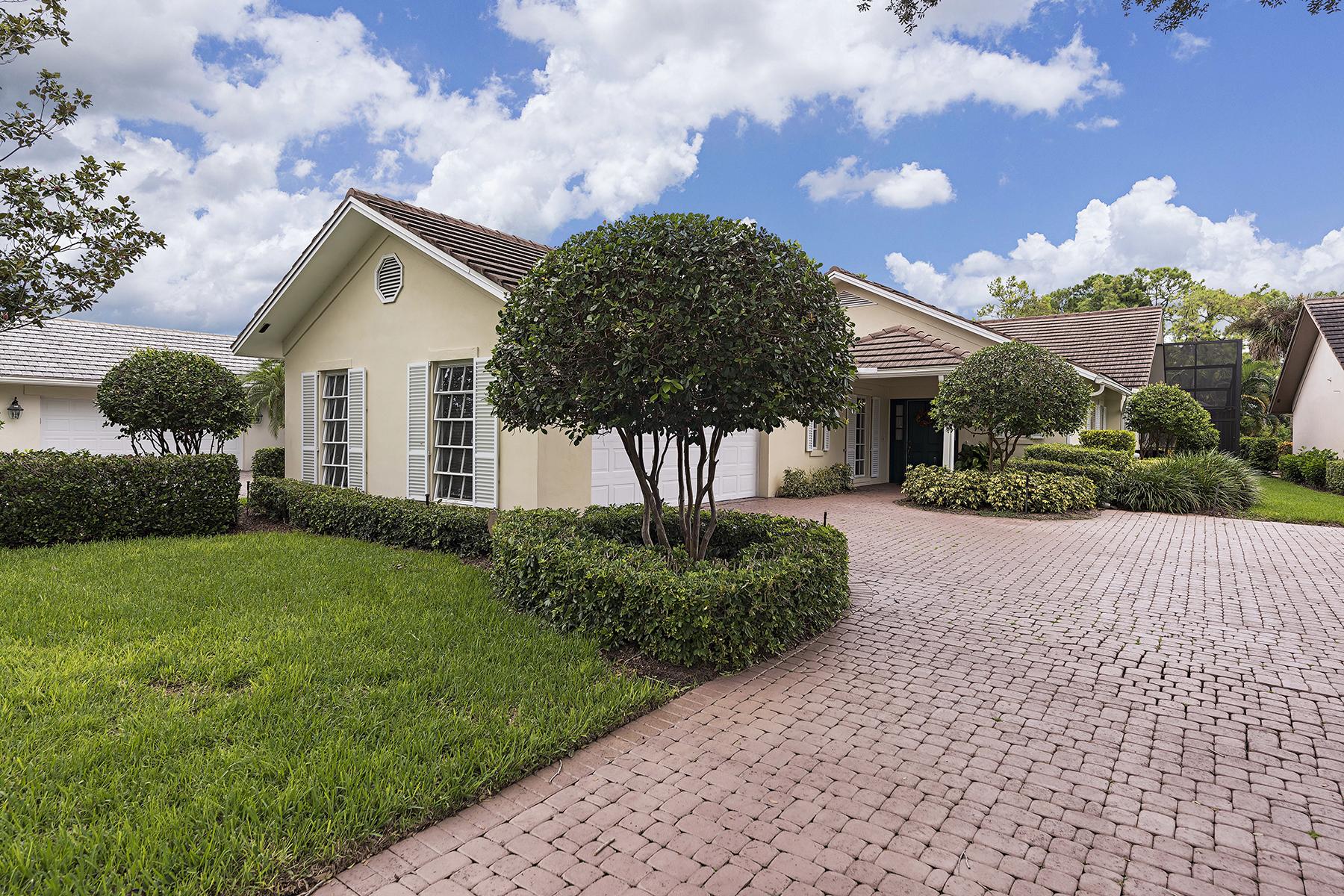 Einfamilienhaus für Verkauf beim WYNDEMERE - GOLF COTTAGES 206 Edgemere Way S Naples, Florida 34105 Vereinigte Staaten