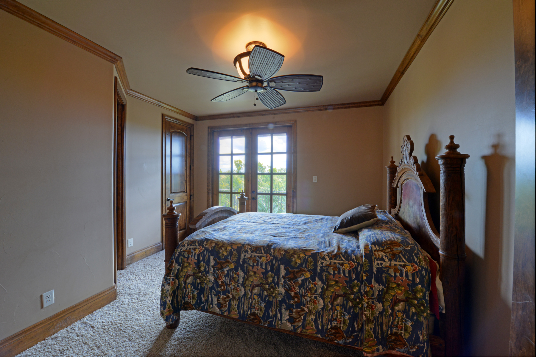 Additional photo for property listing at Stunning Hill Country Estate 140 FM 3351 Boerne, Texas 78006 United States