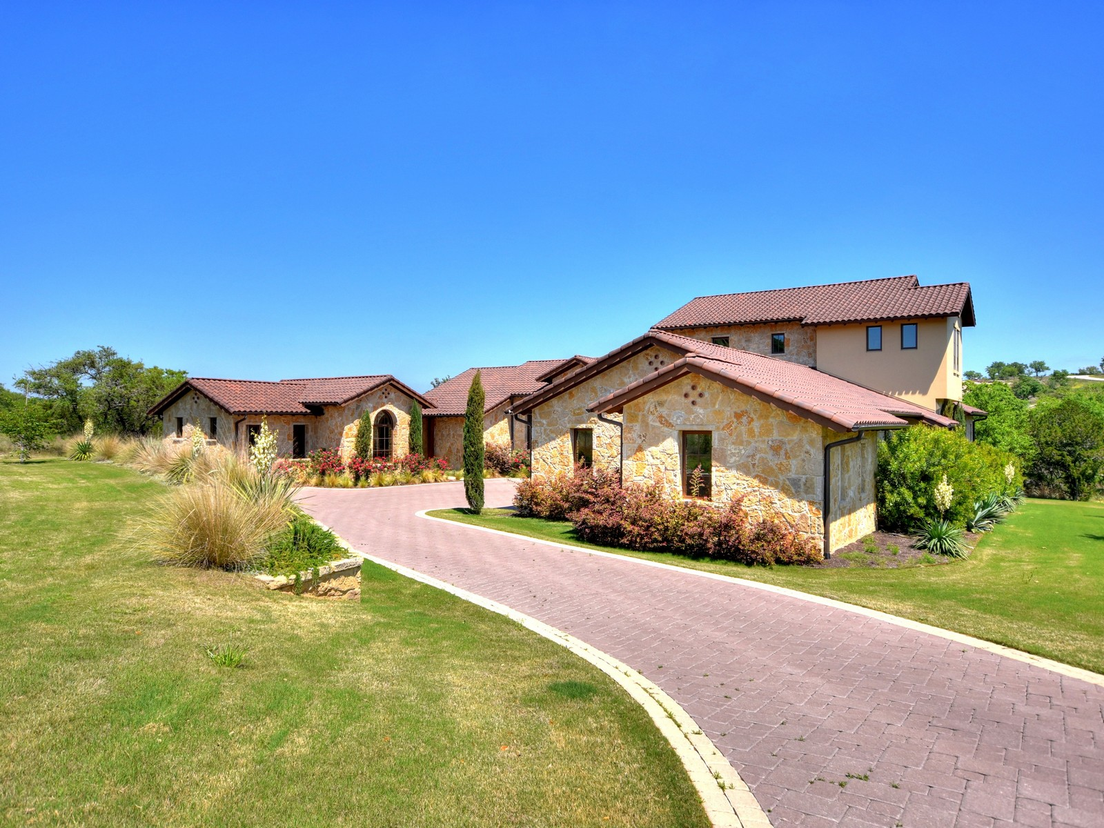 Single Family Home for Sale at The Trend Setter 6200 Spanish Oaks Club Blvd Austin, Texas, 78738 United States