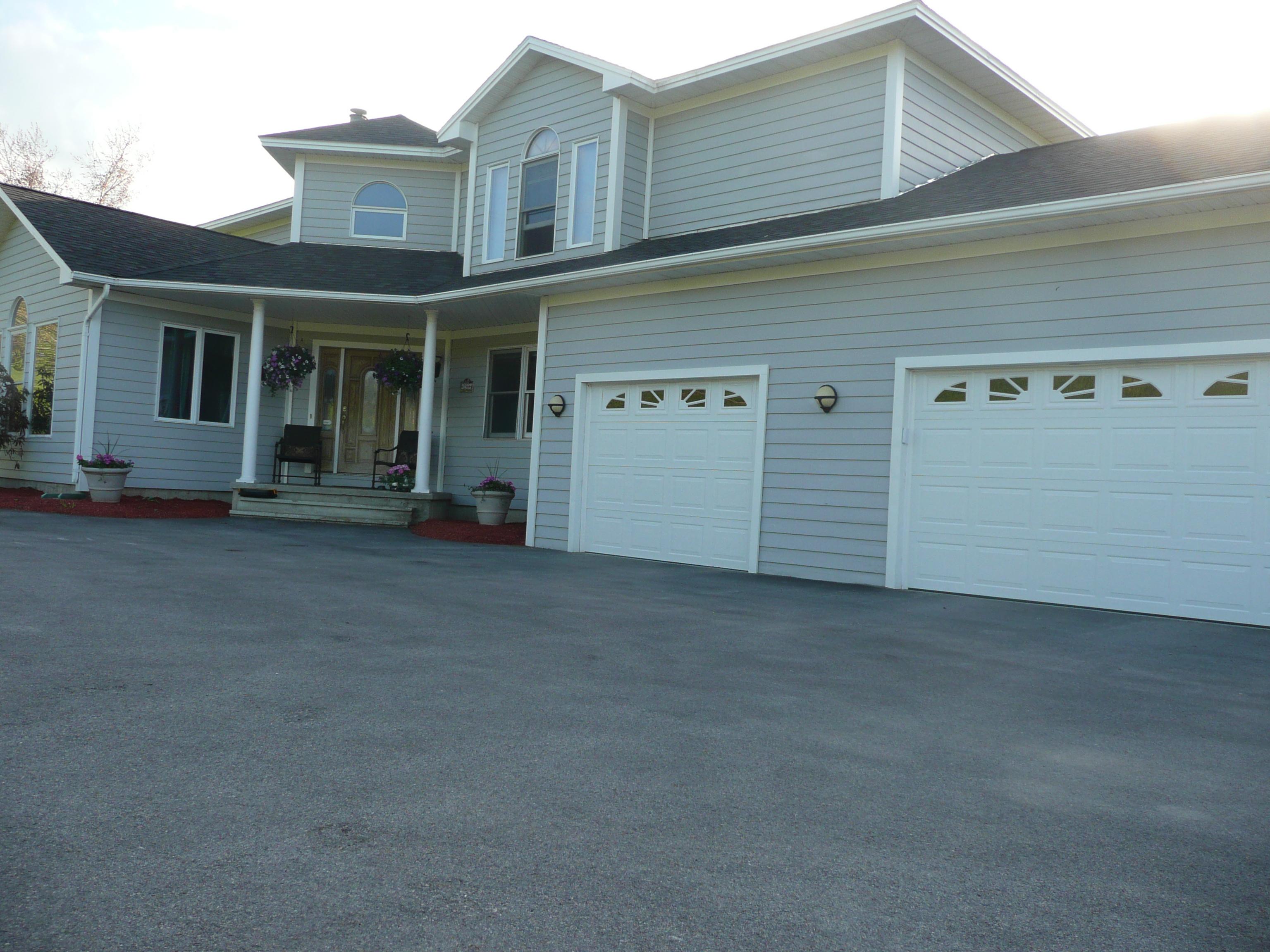 獨棟家庭住宅 為 出售 在 256 Hillside Ter, St. Albans Town St. Albans, 佛蒙特州 05478 美國