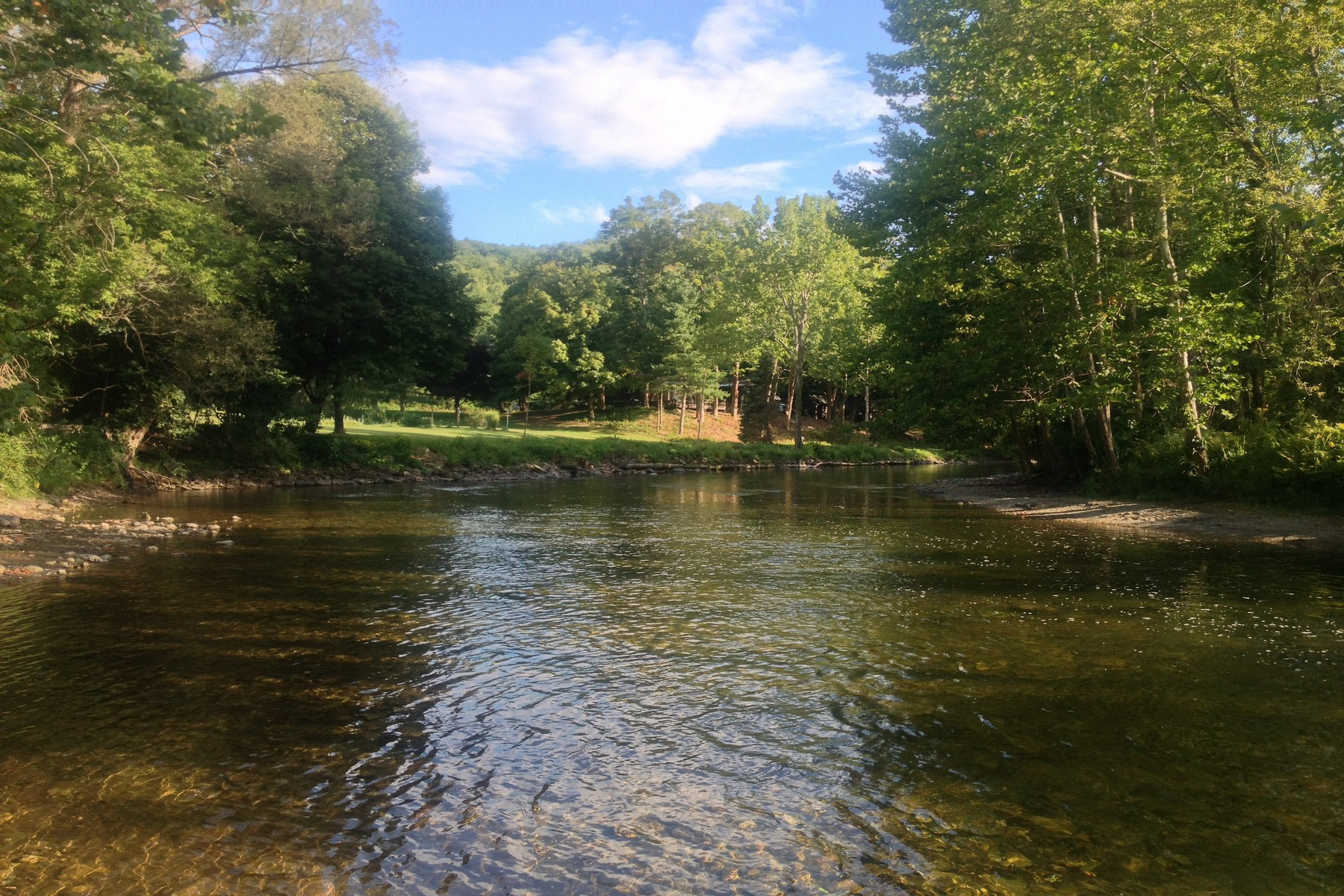 Additional photo for property listing at Battenkill Riverfront Compound 1555  State Route 313 Cambridge, Nueva York 12816 Estados Unidos
