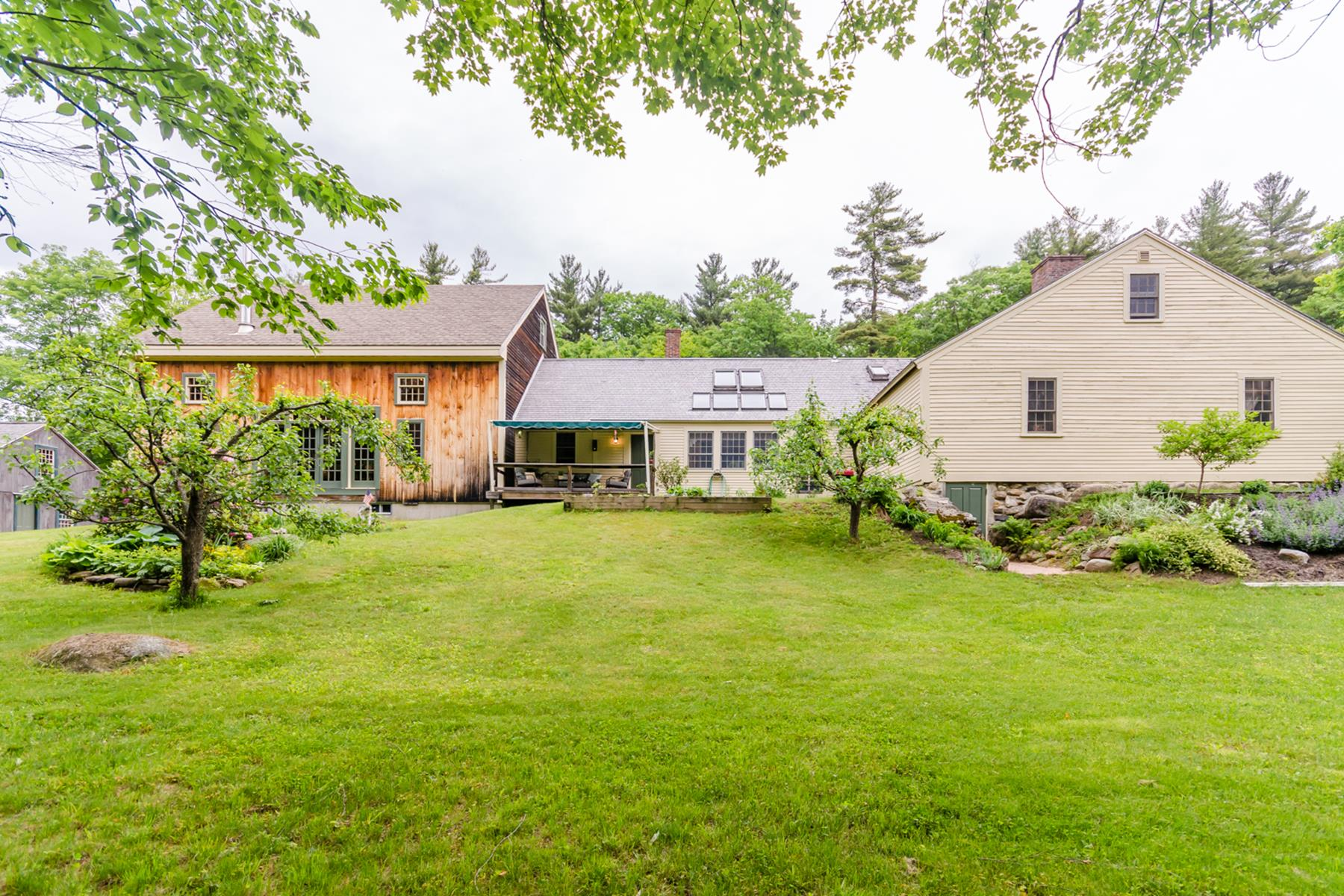 Single Family Home for Sale at 752 Murray Hill Road, Hill 752 Murray Hill Rd Hill, New Hampshire, 03243 United States