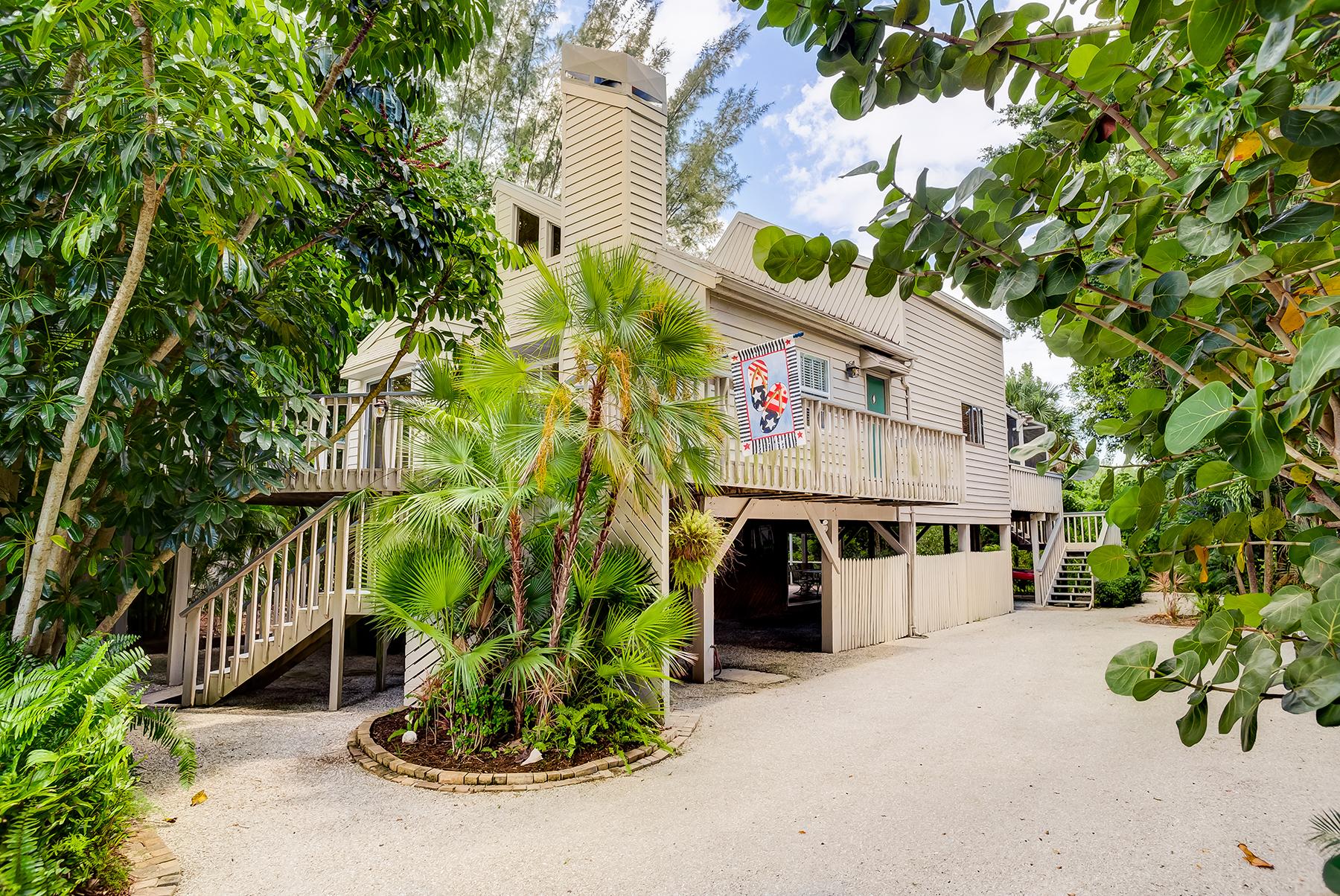 独户住宅 为 销售 在 SANIBEL 1040 Sand Castle Rd 撒你贝尔, 佛罗里达州, 33957 美国