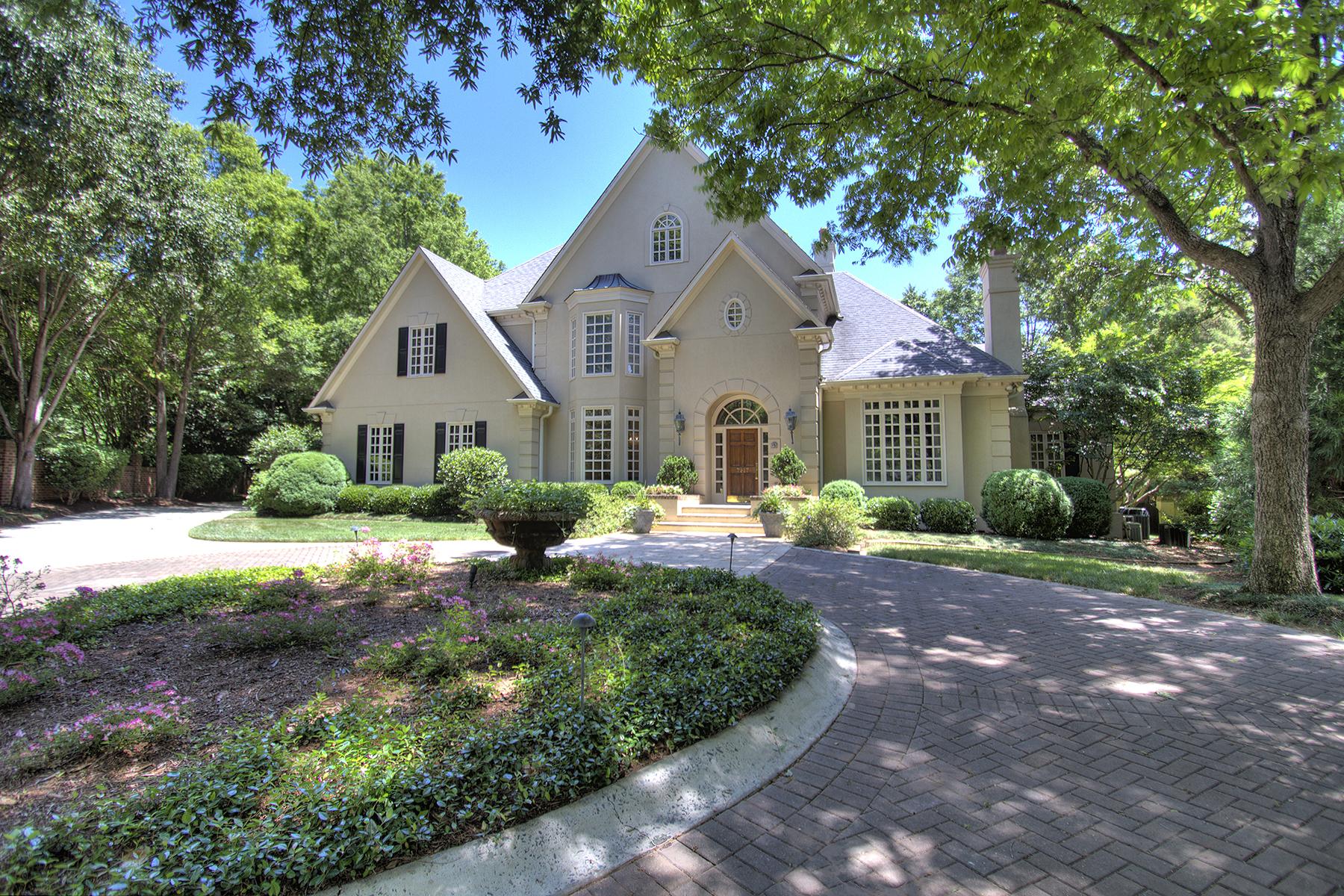 단독 가정 주택 용 매매 에 MORROCROFT ESTATES 7217 Country View Ct Charlotte, 노스캐놀라이나 28211 미국
