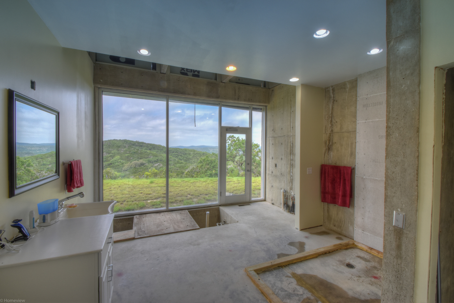 Additional photo for property listing at Contemporary Hill Country Retreat on 42 +/- Acres 7126 E Ranch Road 337 Leakey, Texas 78873 Estados Unidos