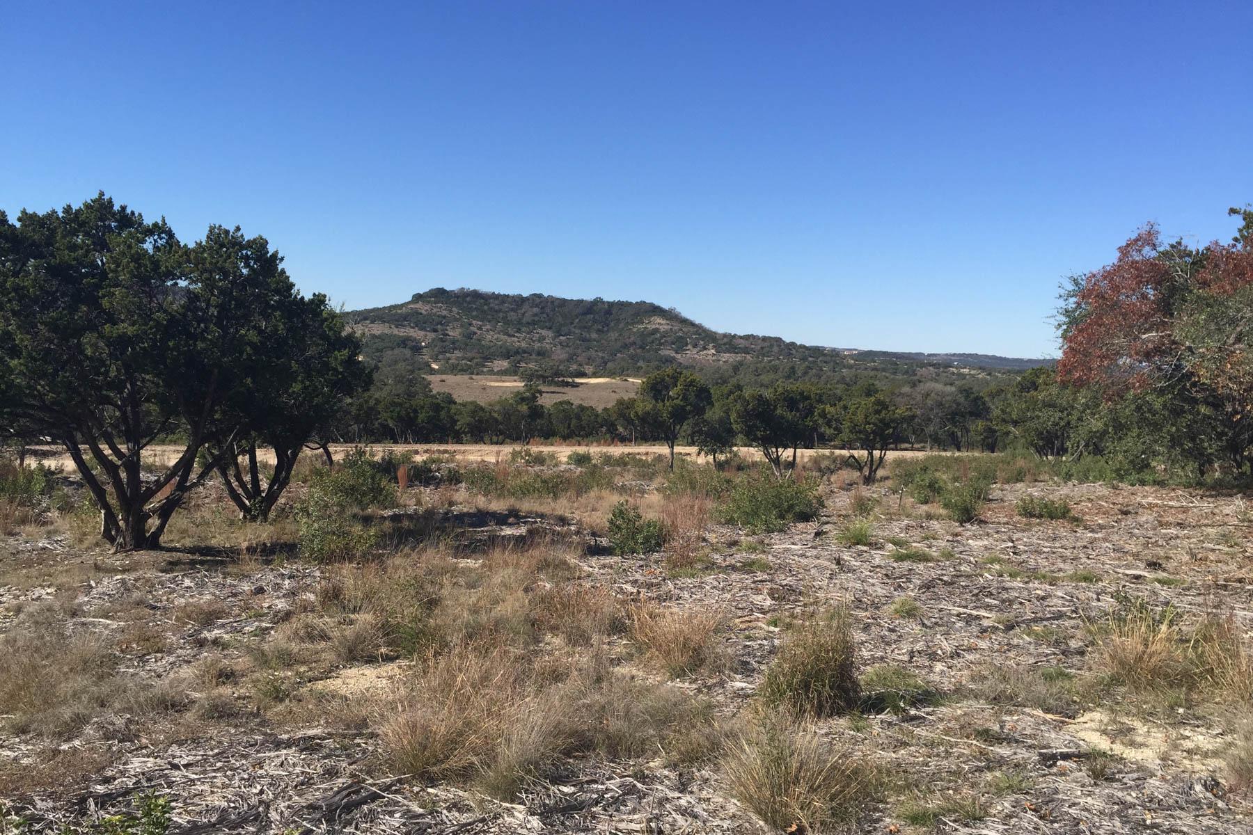 土地 为 销售 在 Perfect Space to Build in Canyons at Scenic Loop LOT 24 Edens Canyon 圣安东尼奥, 得克萨斯州, 78255 美国