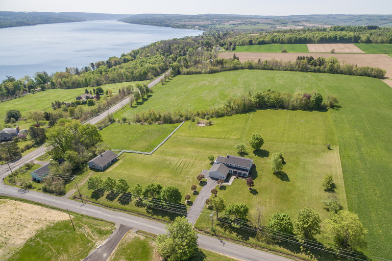 Additional photo for property listing at Skaneateles Lake Views on 5.5 Acres 1300  Hencoop Rd Skaneateles, New York 13152 États-Unis