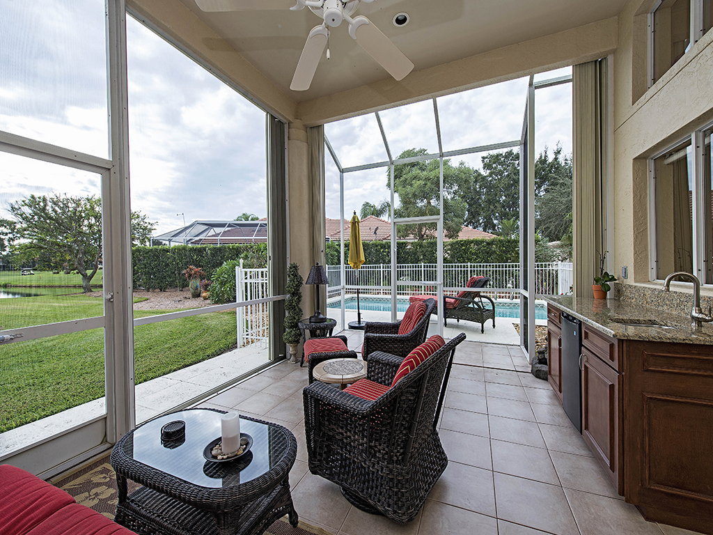 Single Family Home for Sale at QUAIL CREEK VILLAGE 10378 Quail Crown Dr Naples, Florida 34119 United States