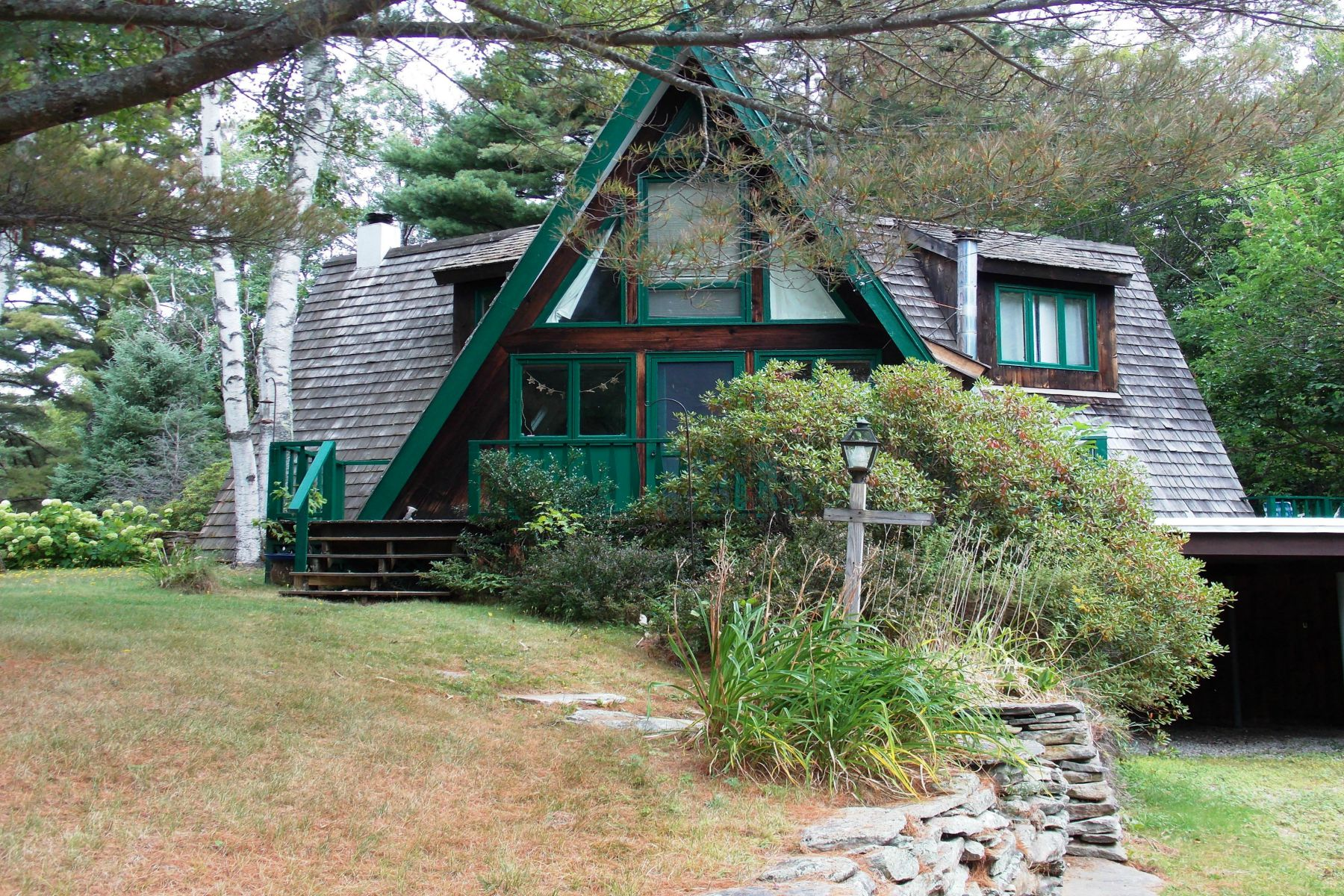 Single Family Home for Sale at 15 Lake Rd, Winhall Winhall, Vermont, 05340 United States