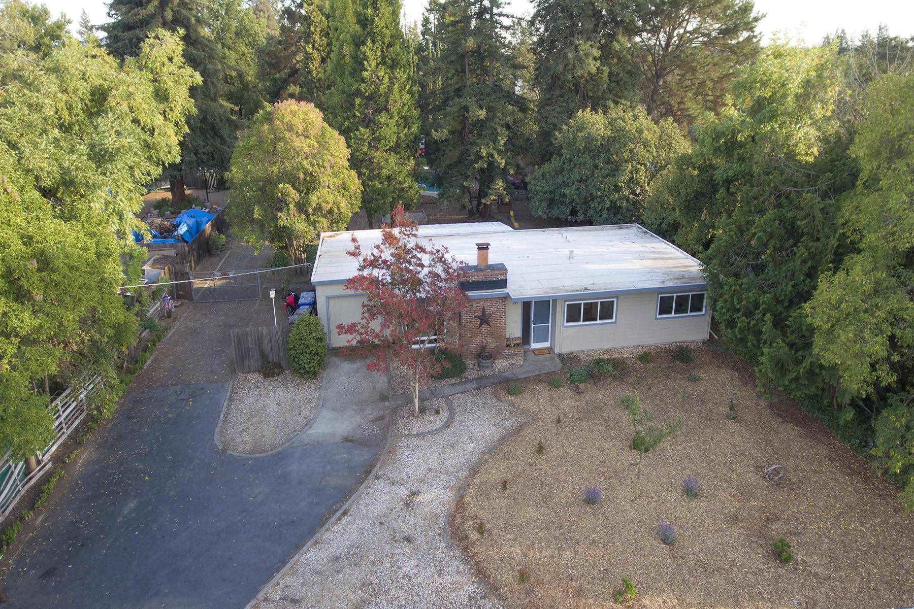 Moradia para Venda às 1843 Salvador Ave, Napa, CA 94558 1843 Salvador Ave Napa, Califórnia, 94558 Estados Unidos