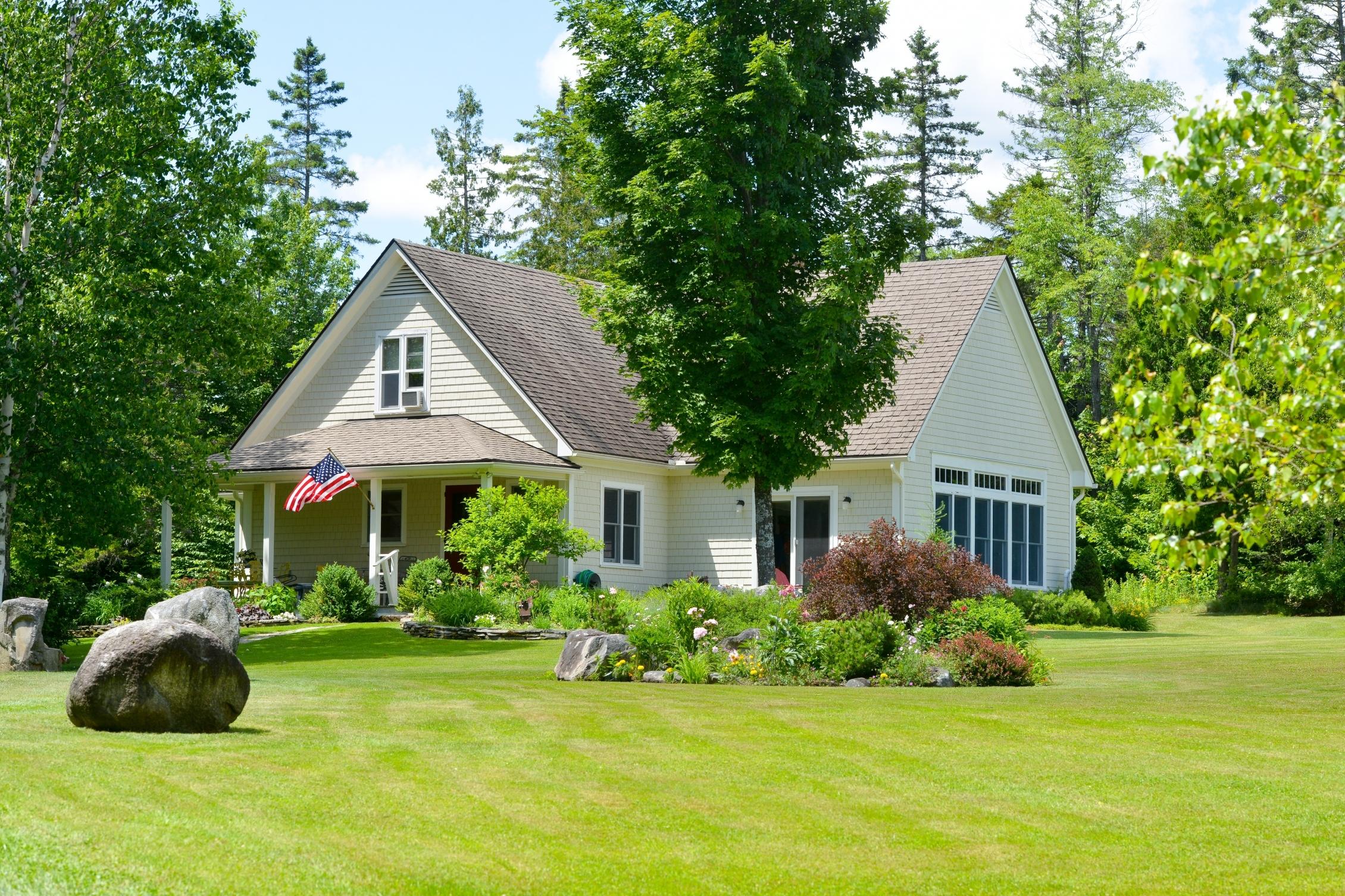 Casa Unifamiliar por un Venta en 649 Lakeshore Road 649 Lake Shore Rd Greensboro, Vermont 05841 Estados Unidos