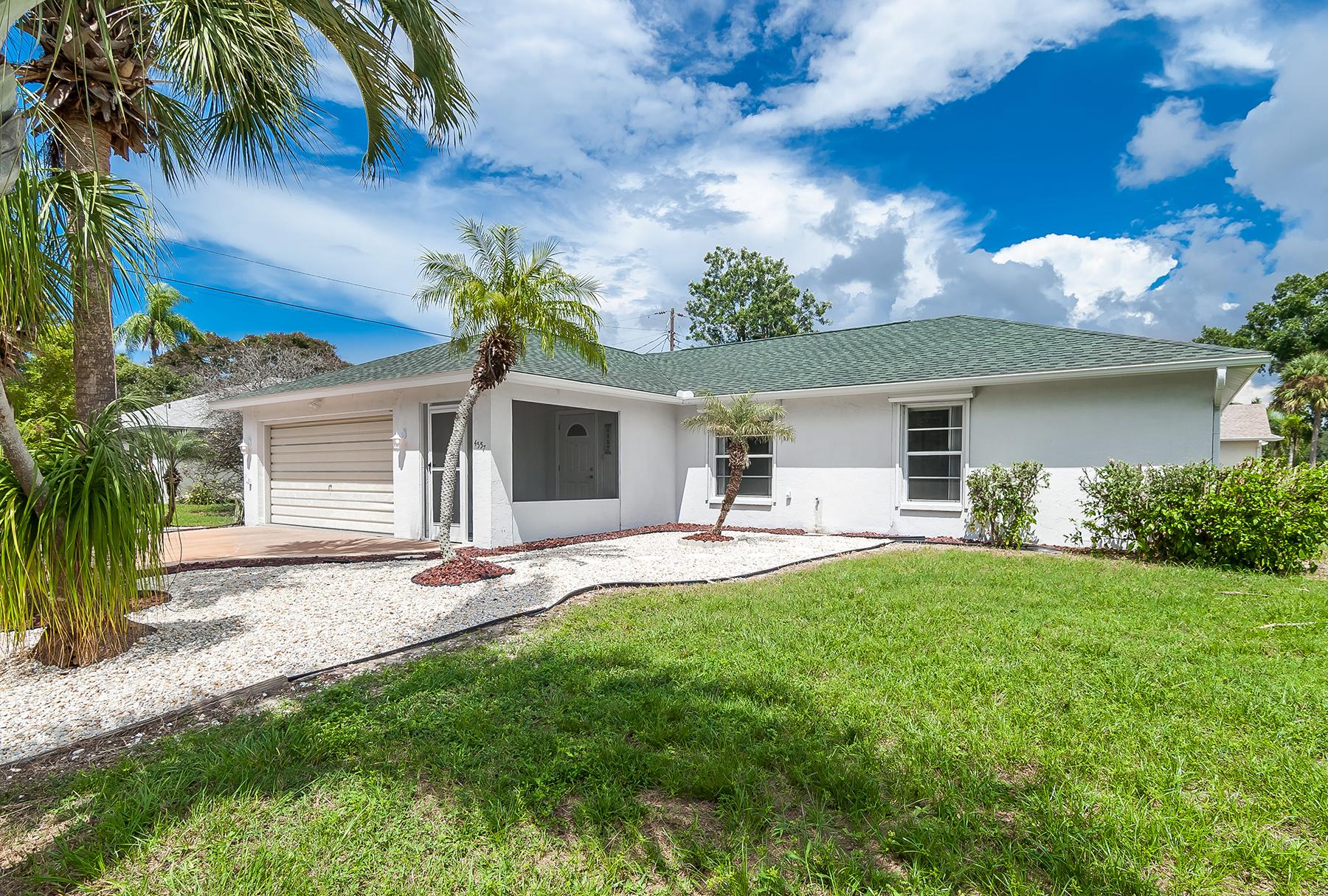 Einfamilienhaus für Verkauf beim SOUTH VENICE 4557 Pompano Rd Venice, Florida, 34293 Vereinigte Staaten
