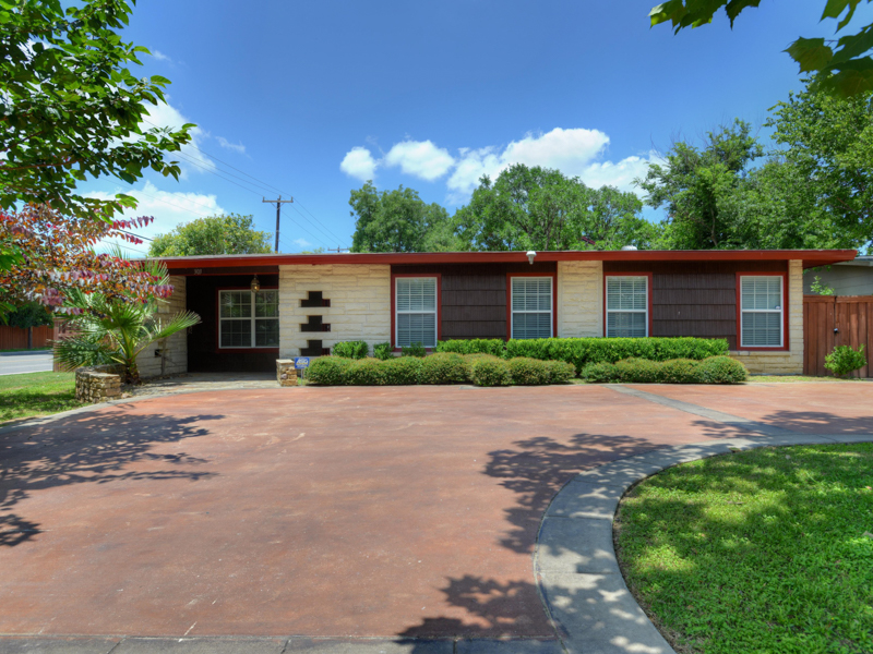 sales property at Lovely Mid Century in Northridge