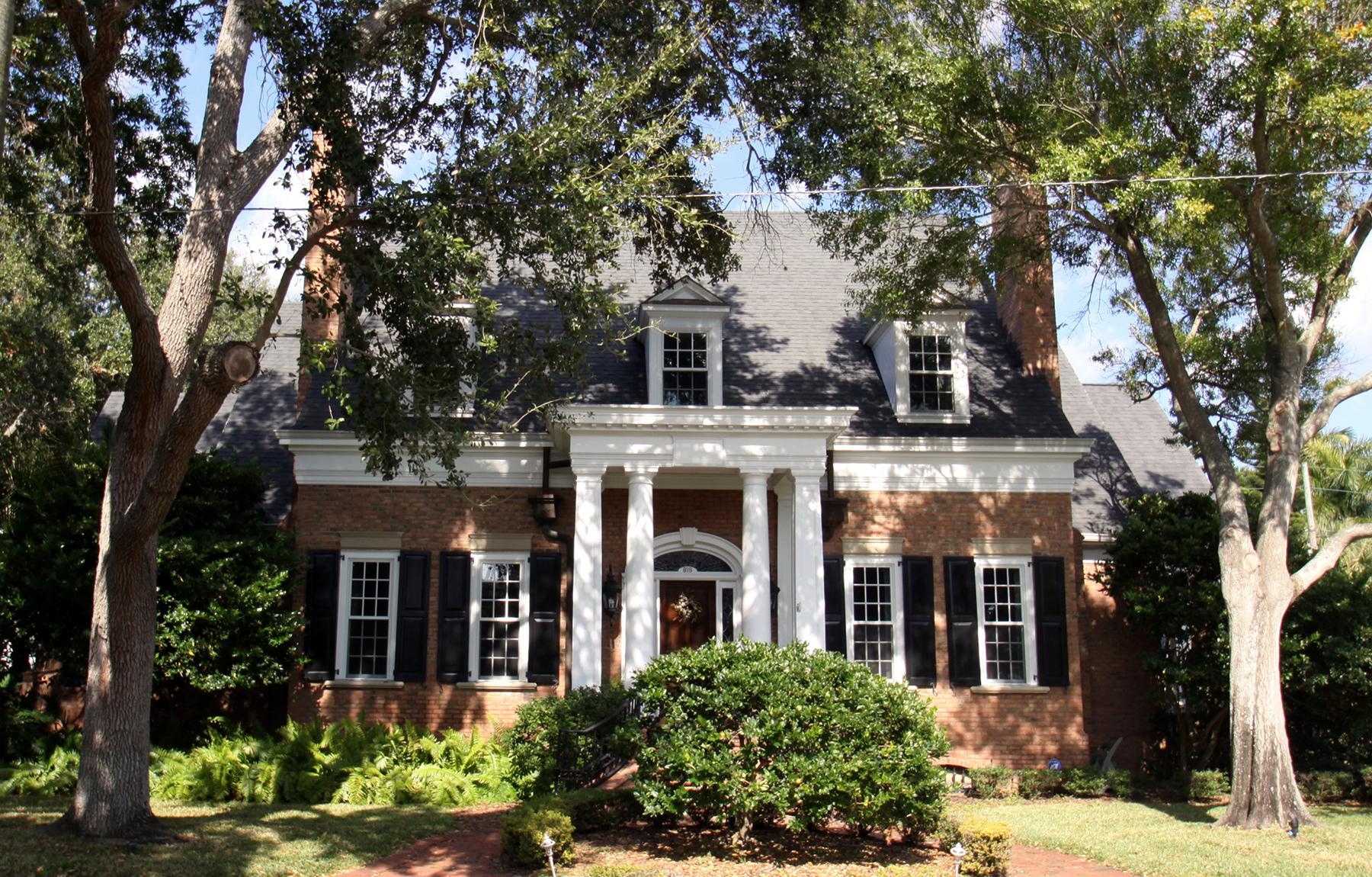 Maison unifamiliale pour l Vente à OLD NORTHEAST 819 15th Ave NE St. Petersburg, Florida, 33704 États-Unis