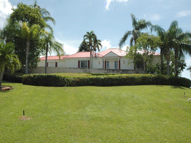獨棟家庭住宅 為 出售 在 MARCO ISLAND - KIRK TERRACE 1901 Kirk Terr Marco Island, 佛羅里達州 34145 美國