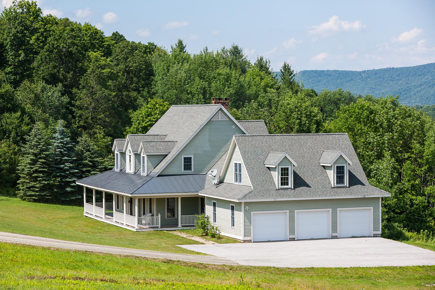 Nhà ở một gia đình vì Bán tại Stunning Long Range Views 939 Stigers Rd Andover, Vermont, 05143 Hoa Kỳ