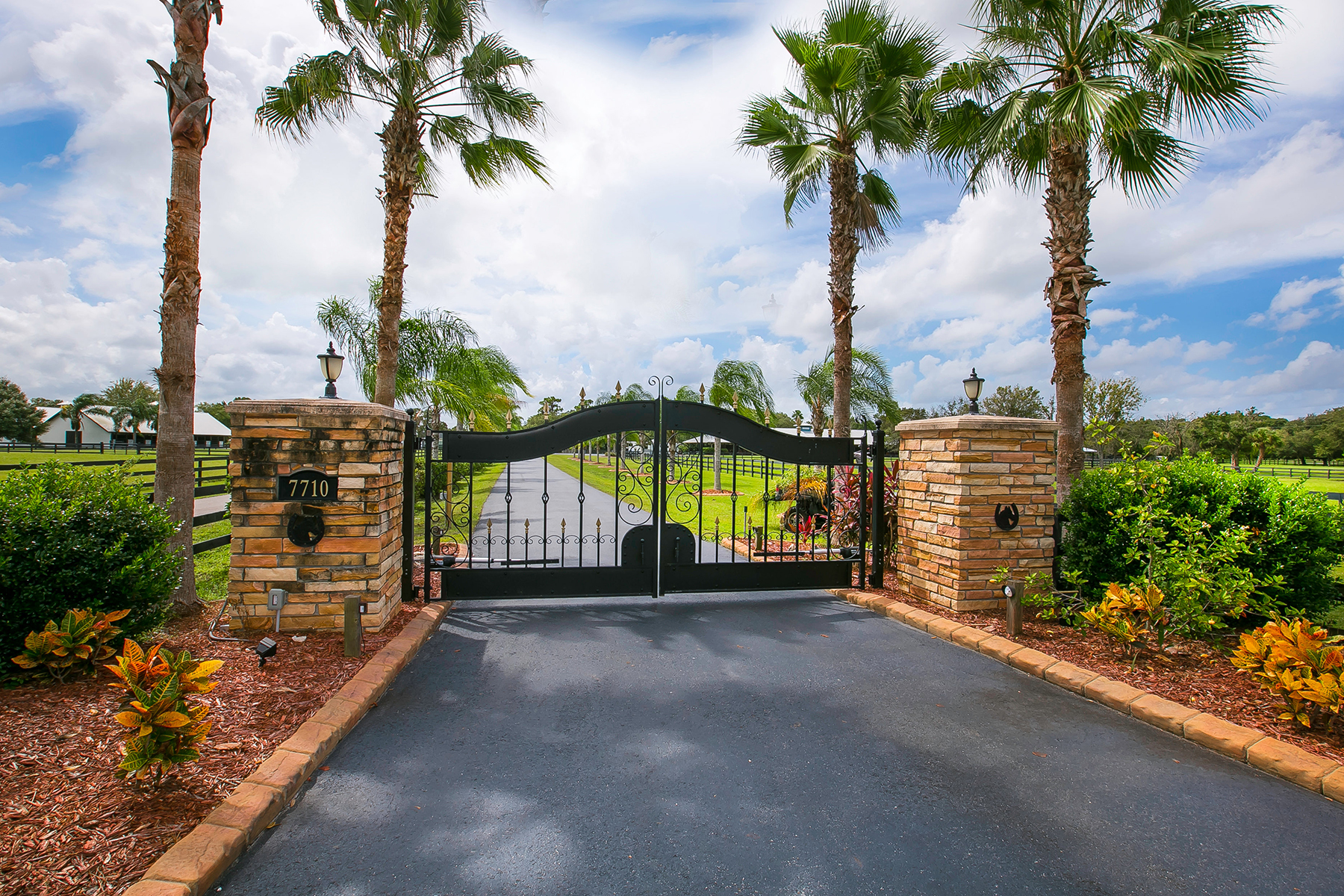 Property For Sale at LAKEWOOD RANCH