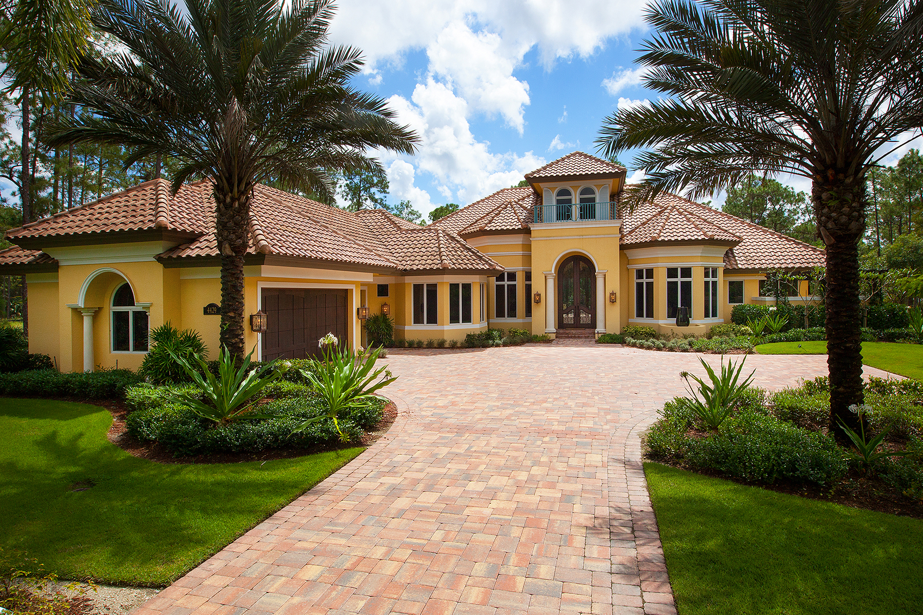 Single Family Home for Sale at NAPLES - NAPLES CLUB ESTATES 4429 Club Estates Dr Naples, Florida 34112 United States