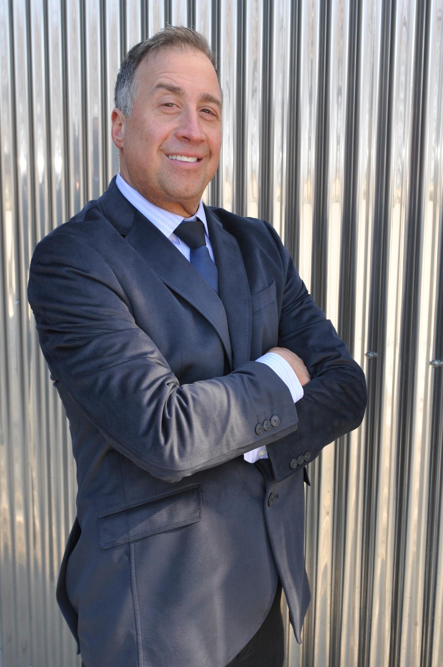 Thomas Bezanes