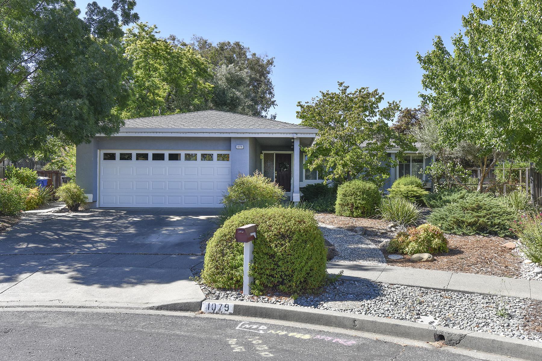 sales property at 1079 Century Ct, Napa, CA 94558