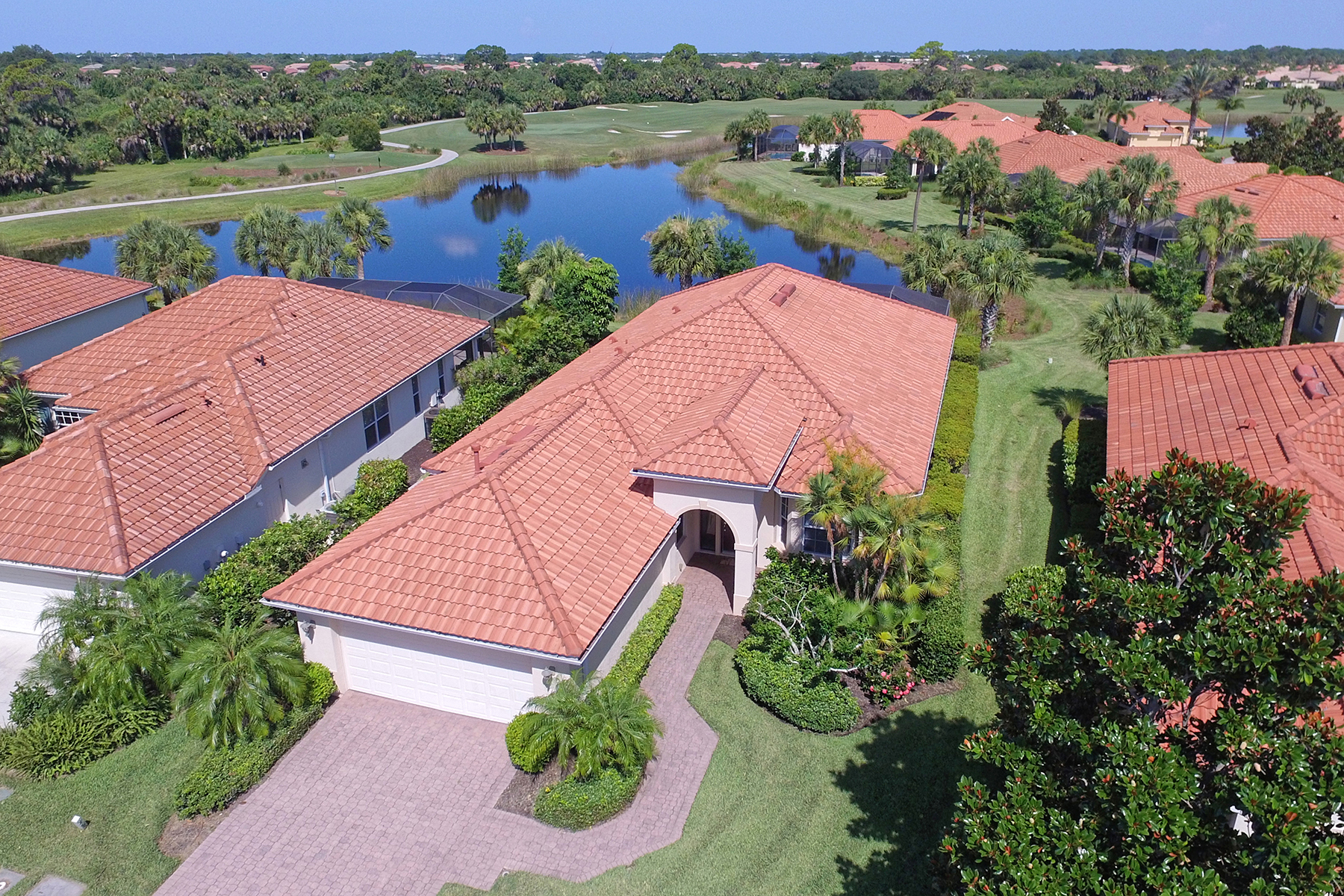 Villa per Vendita alle ore VENETIAN GOLF & RIVER CLUB 158 Treviso Ct North Venice, Florida, 34275 Stati Uniti