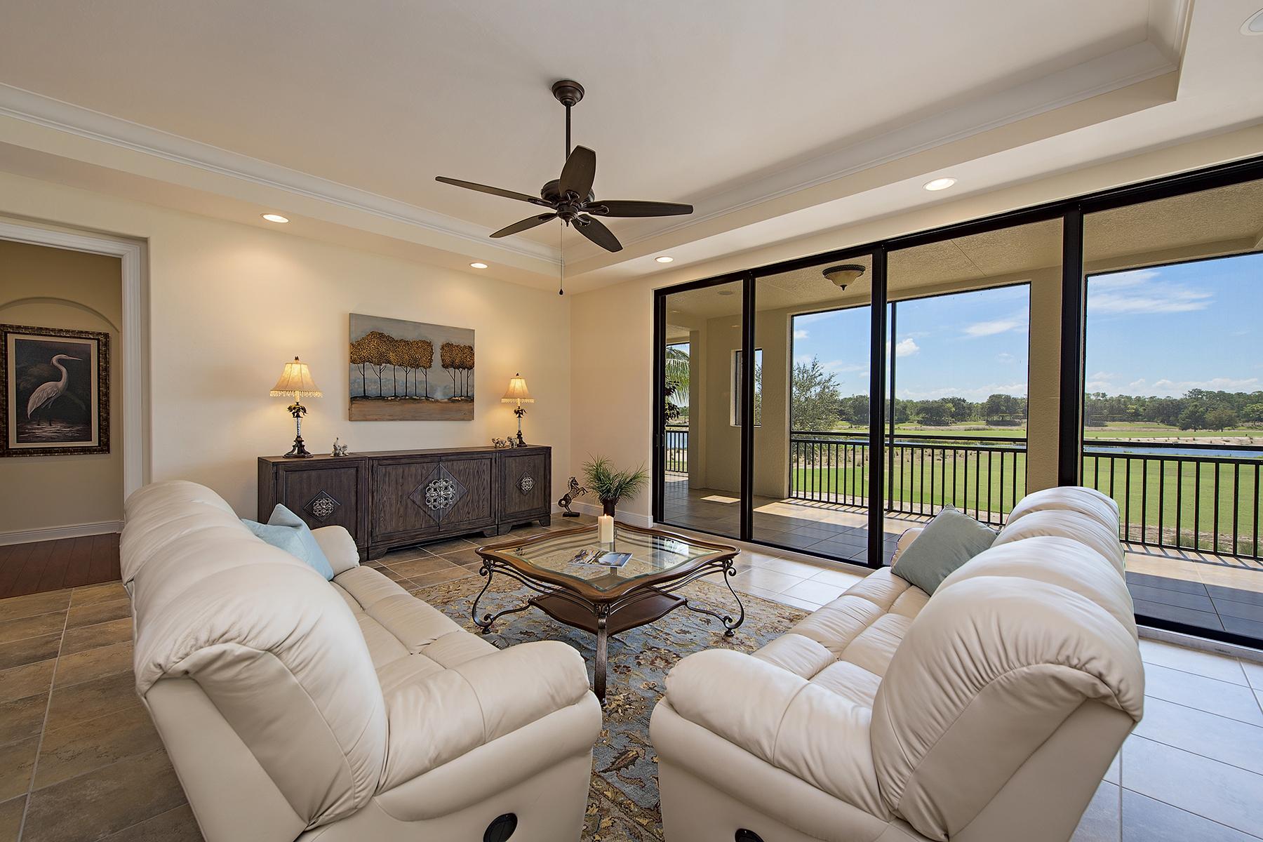 Appartement en copropriété pour l Vente à TIBURON - MARQUESA ROYALE 2538 Marquesa Royale Ln 5-102 Naples, Florida, 34109 États-Unis