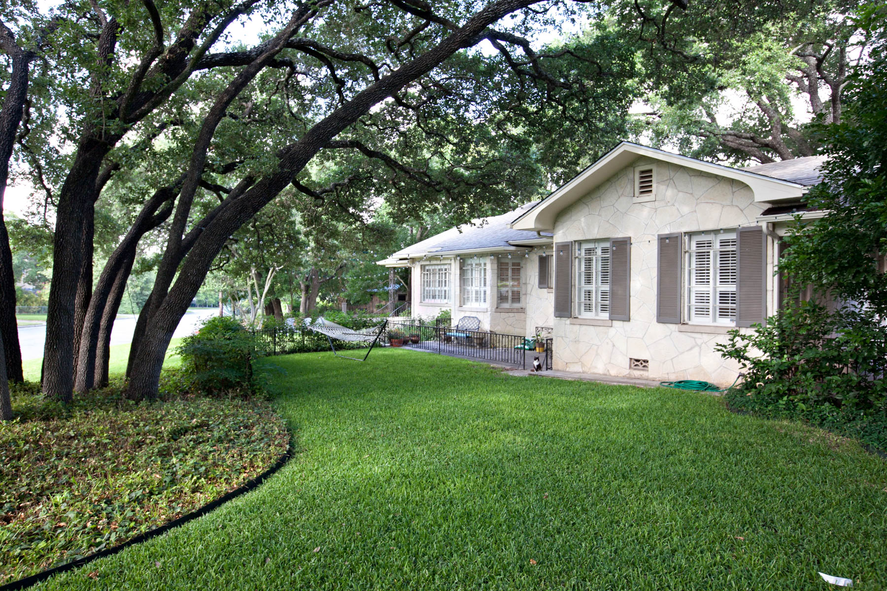 sales property at Great 1-Story Rock Home in Alamo Heights