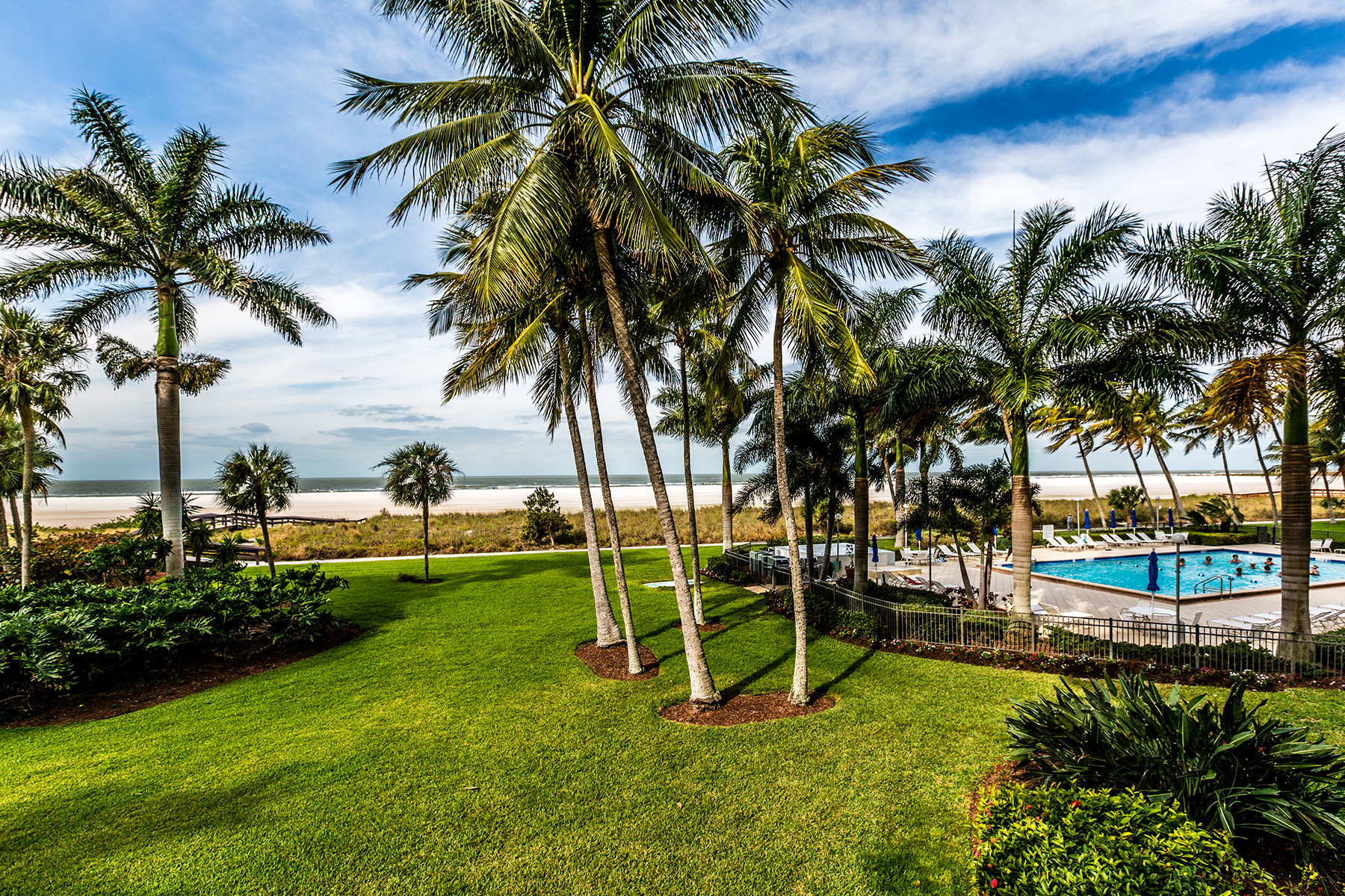 sales property at MARCO ISLAND - ADMIRALTY HOUSE
