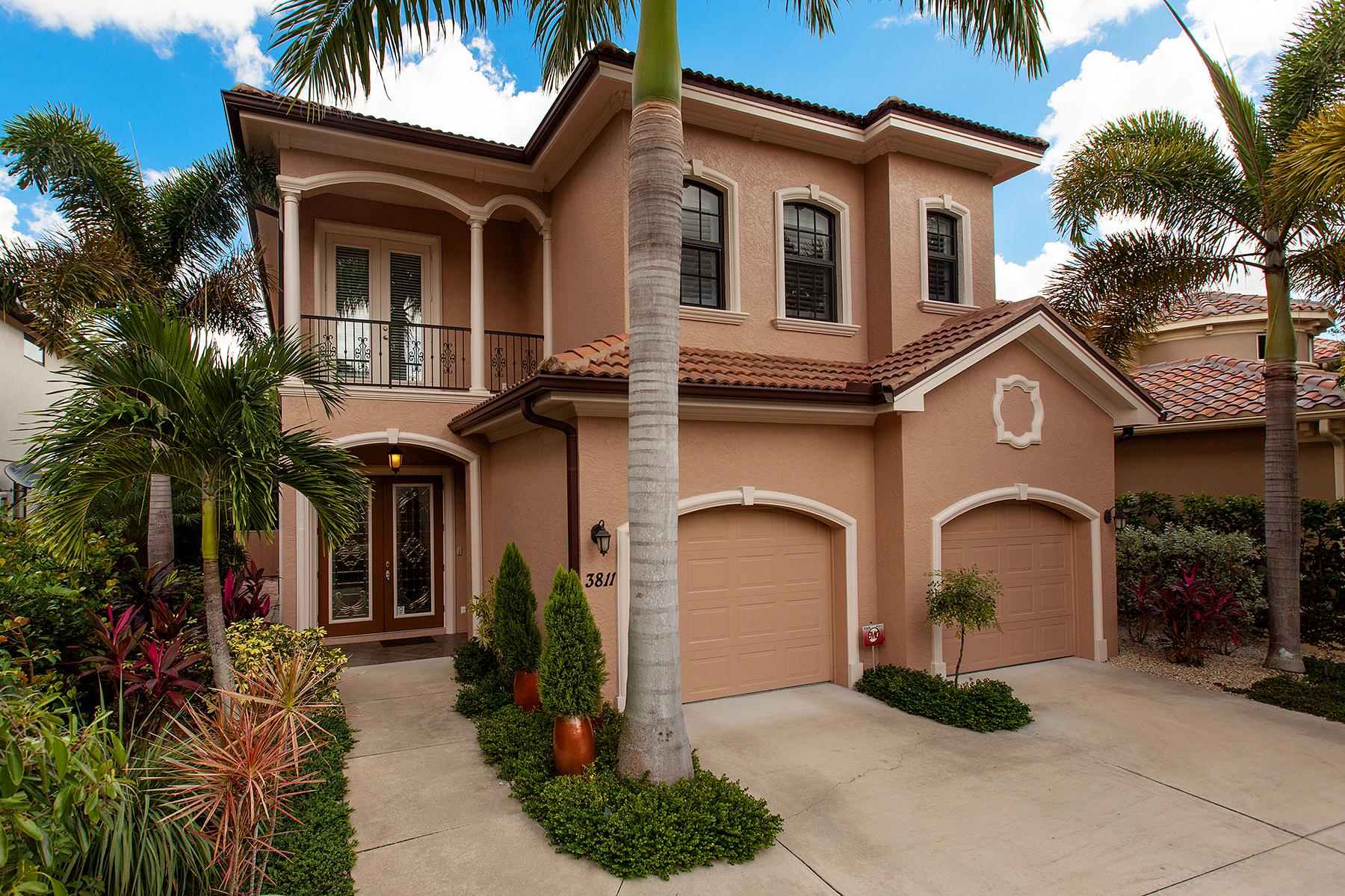 Casa para uma família para Venda às WEST OF TRAIL 3811 Camino Real Sarasota, Florida 34239 Estados Unidos