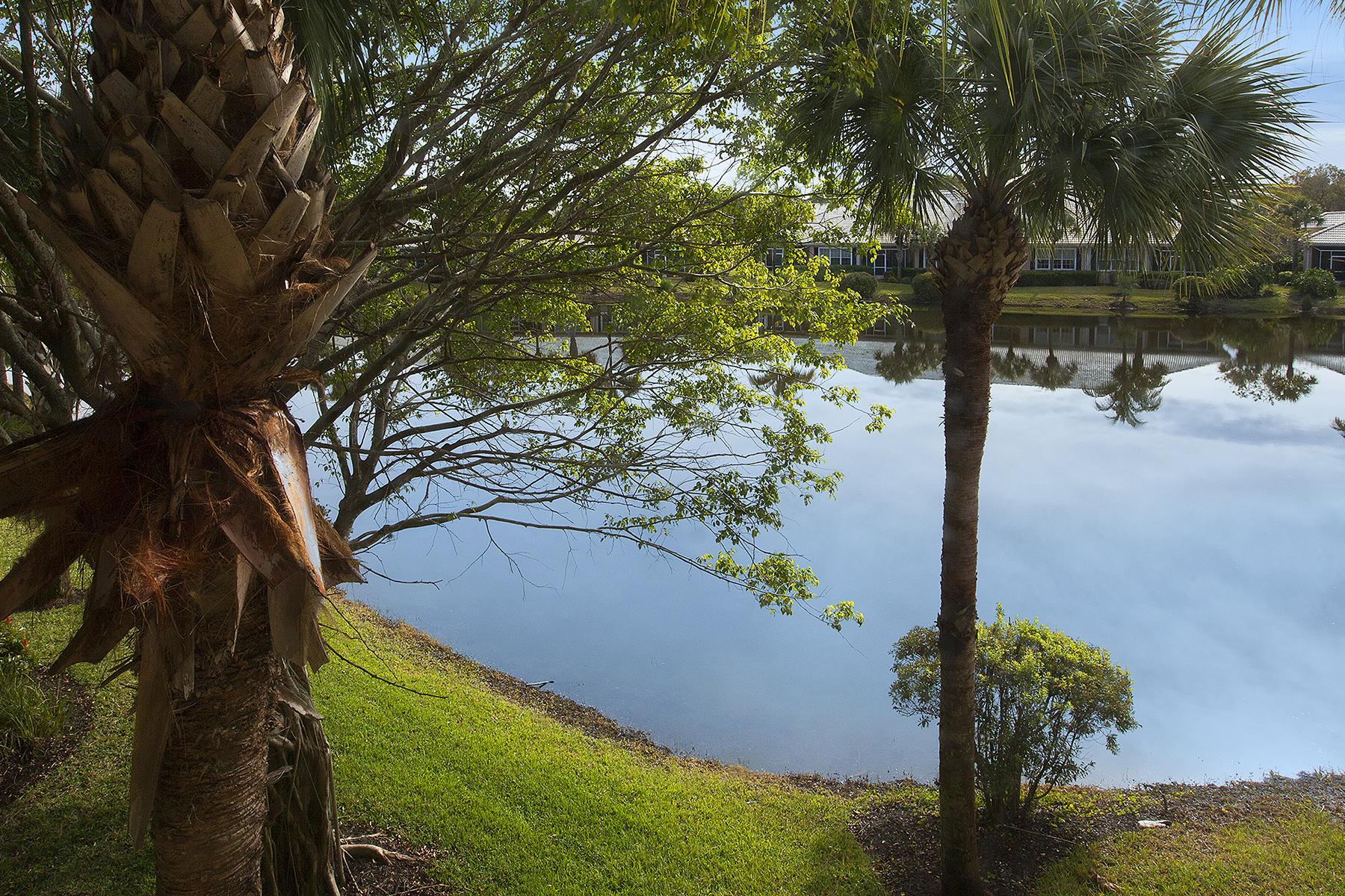 Кондоминиум для того Продажа на FIDDLER'S CREEK - HAWK'S NEST 4660 Hawks Nest Way 201 Naples, Флорида, 34114 Соединенные Штаты