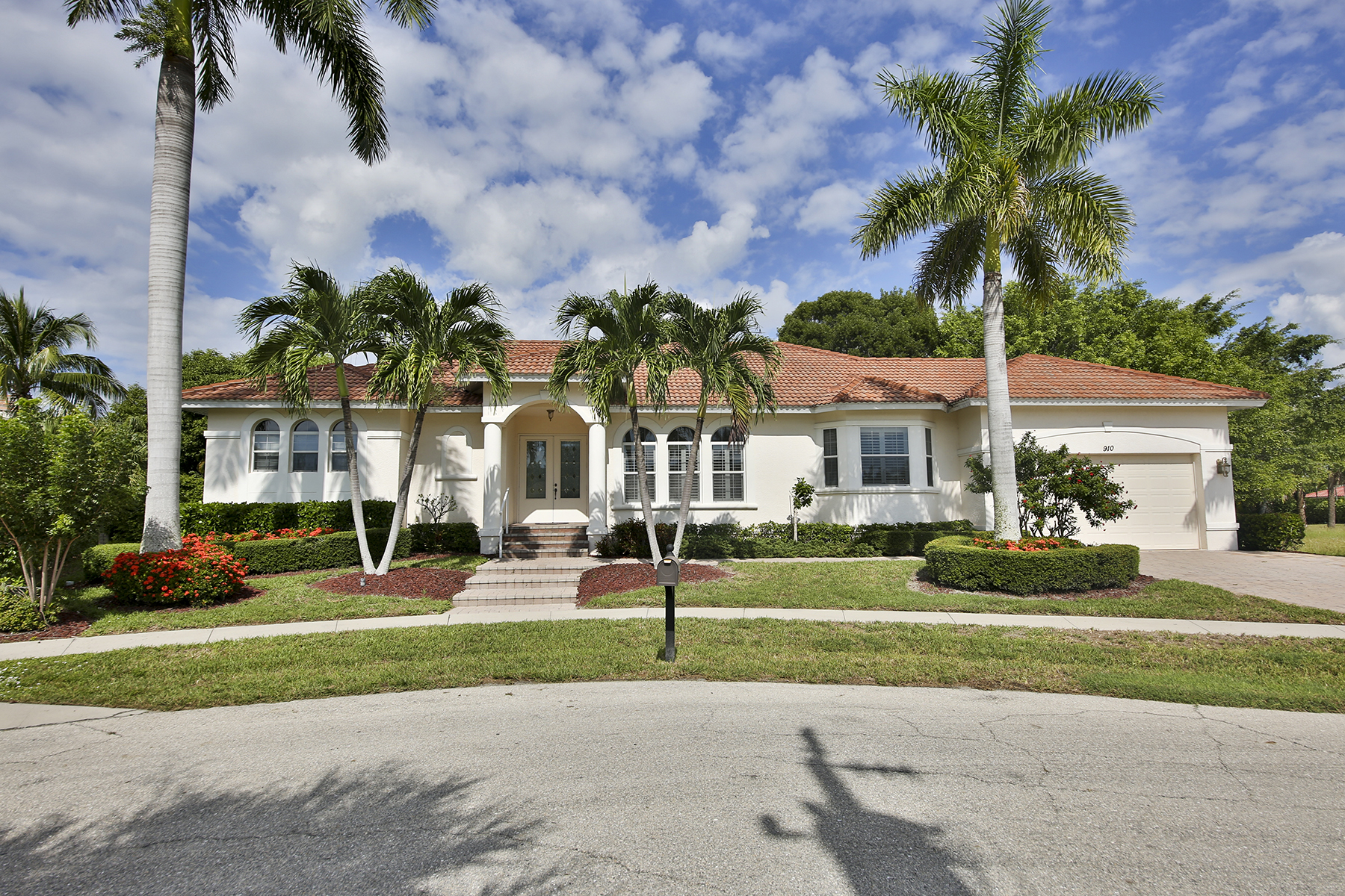 Property For Sale at MARCO ISLAND - SYCAMORE COURT
