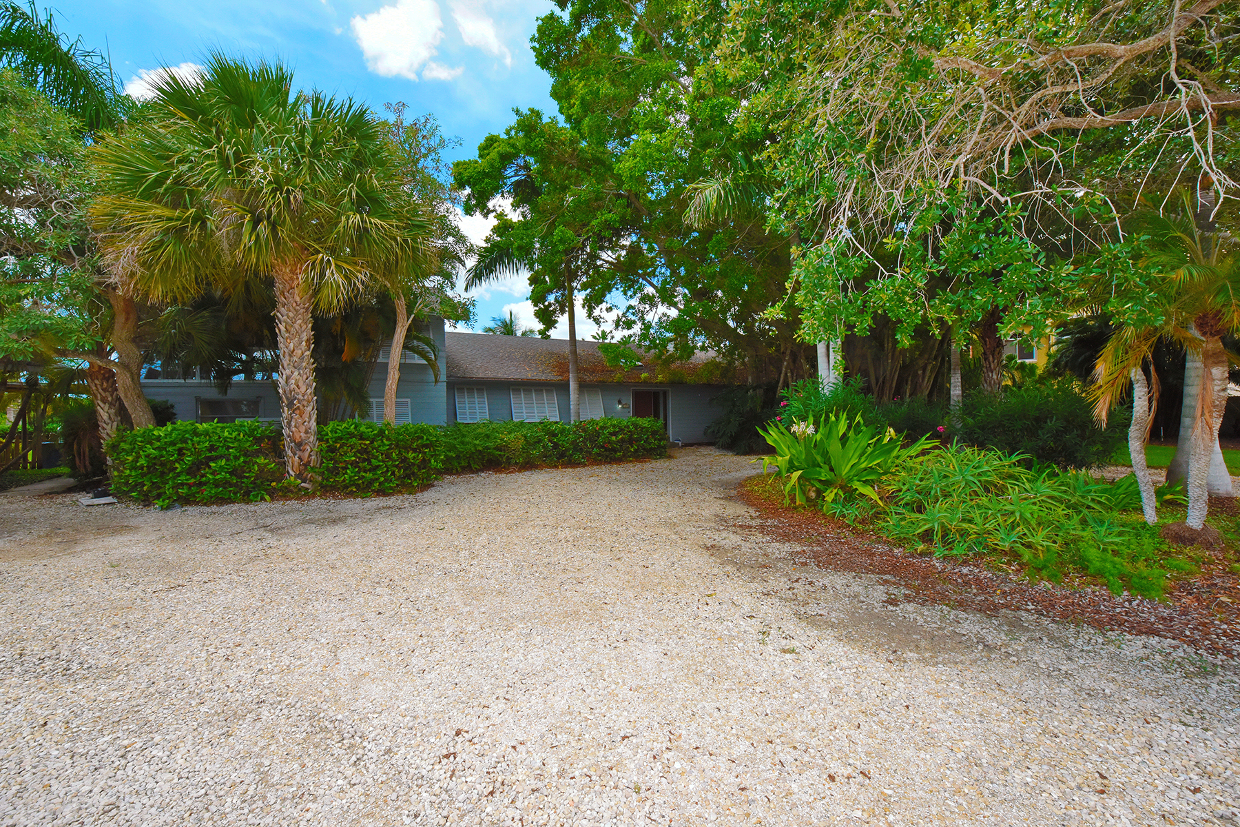 Property For Sale at 324 Sunrise Dr , Nokomis, FL 34275