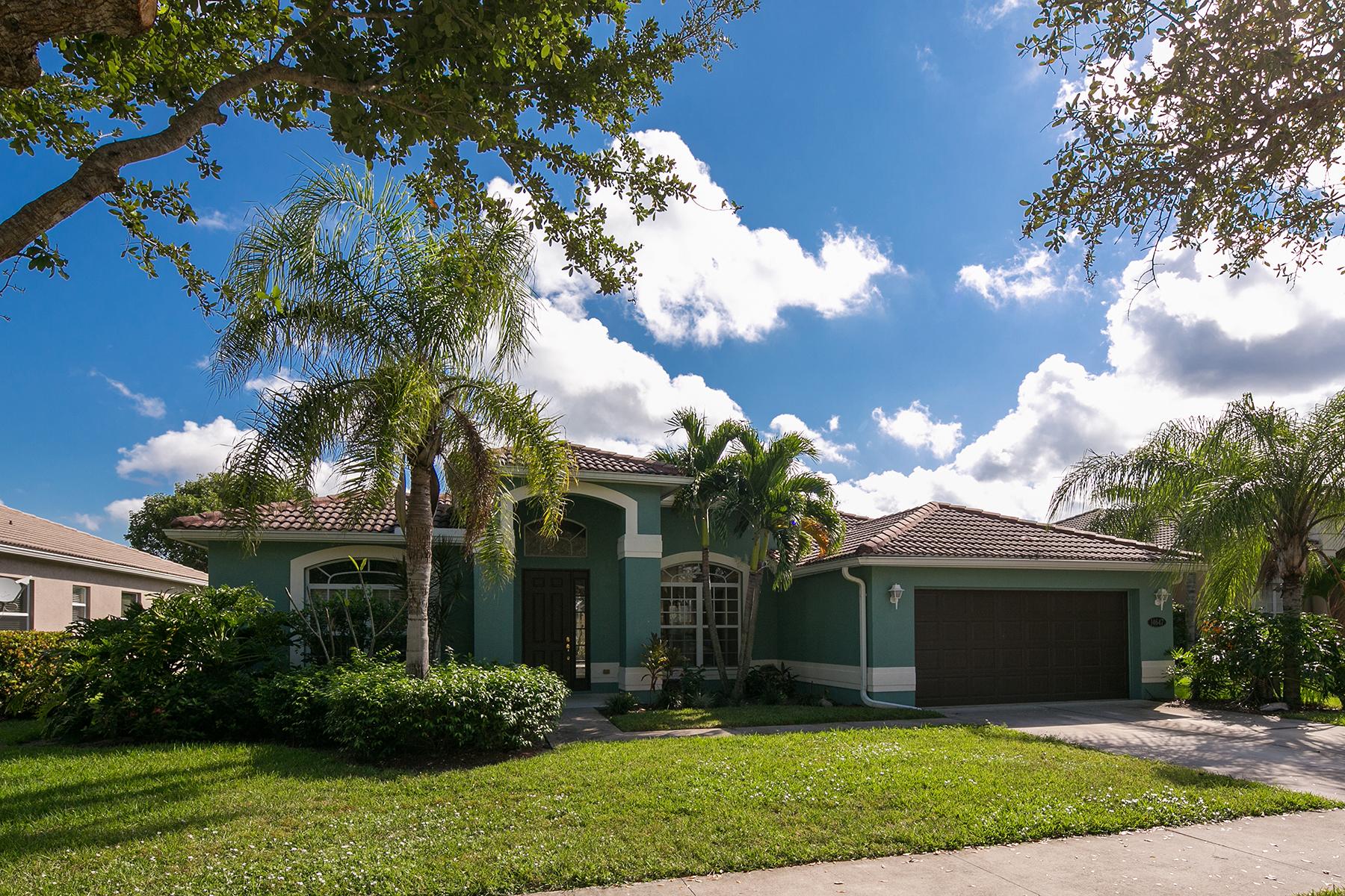 Tek Ailelik Ev için Satış at INDIGO LAKES 14647 Indigo Lakes Cir Naples, Florida 34119 Amerika Birleşik Devletleri