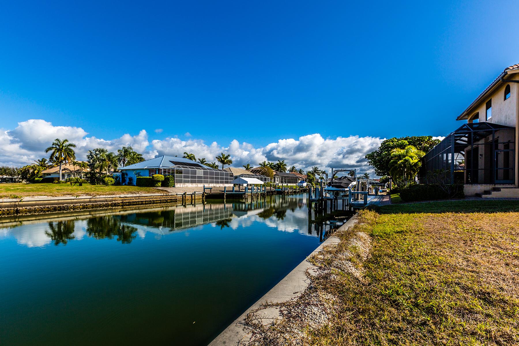 Terreno para Venda às MARCO ISLAND 1080 Dana Ct Marco Island, Florida, 34145 Estados Unidos