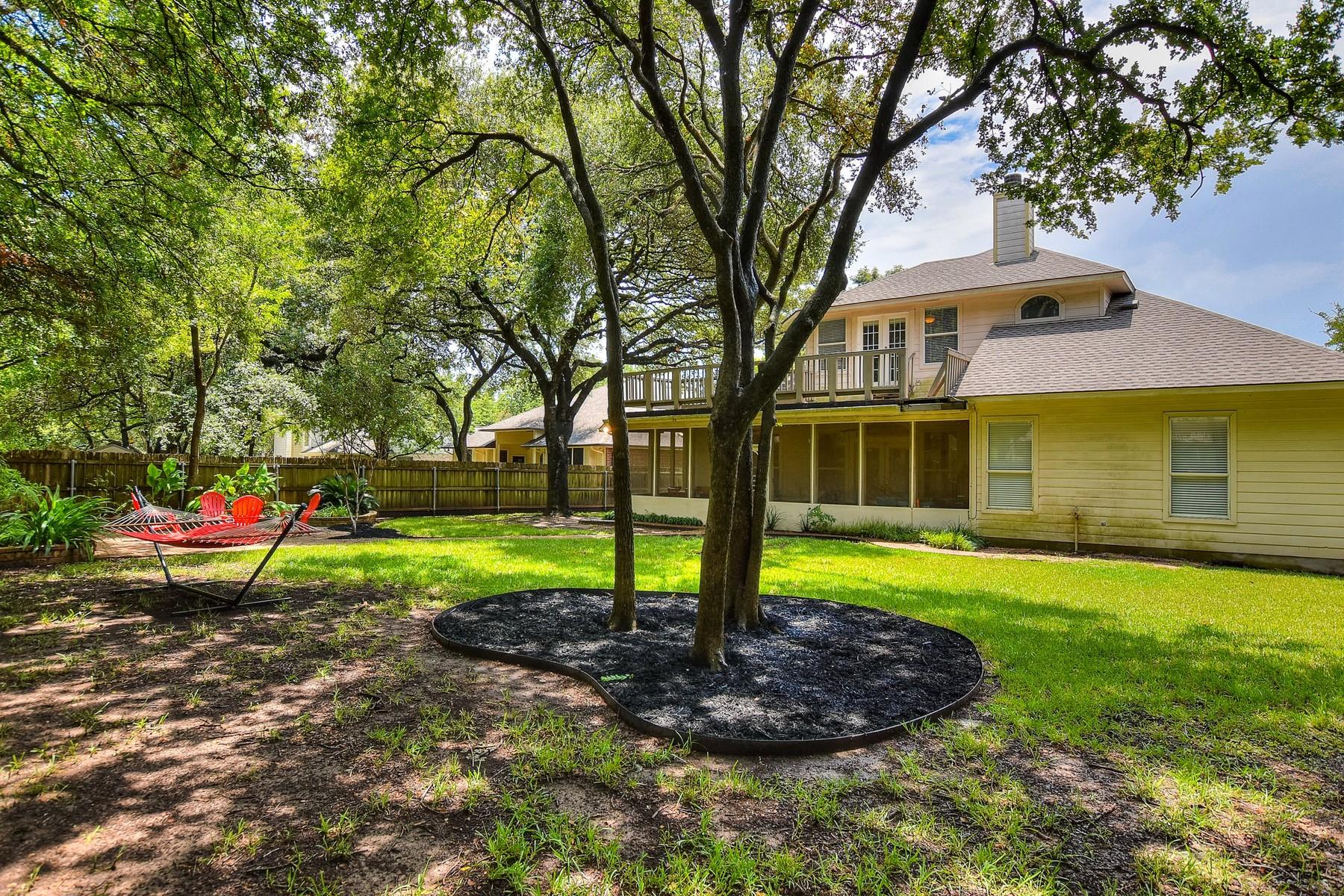 Additional photo for property listing at This Home has it All! 2716 Arroyo Blanco Cv Austin, Texas 78748 Estados Unidos