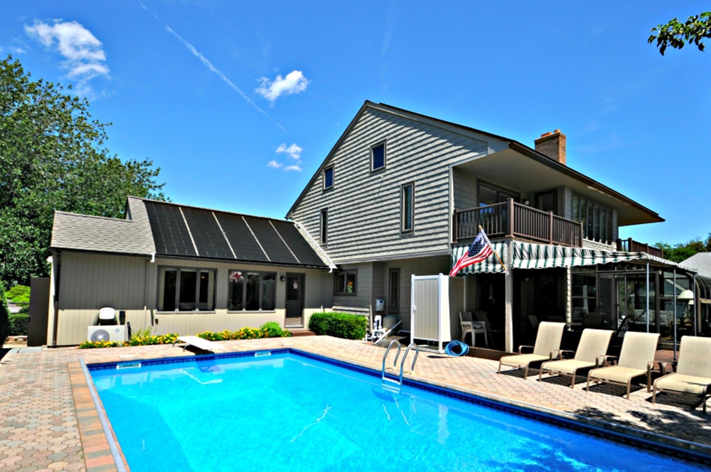 獨棟家庭住宅 為 出售 在 2 Story 29 Seacove Ln Jamesport, 紐約州 11947 美國