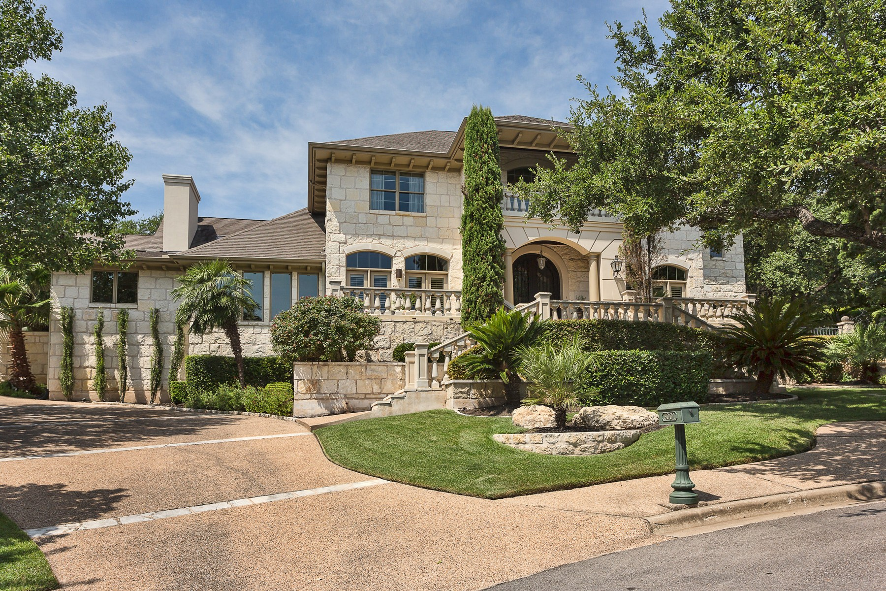 Single Family Home for Sale at Updated West Rim Estates Home 3001 Pescadero Cv Austin, Texas 78746 United States