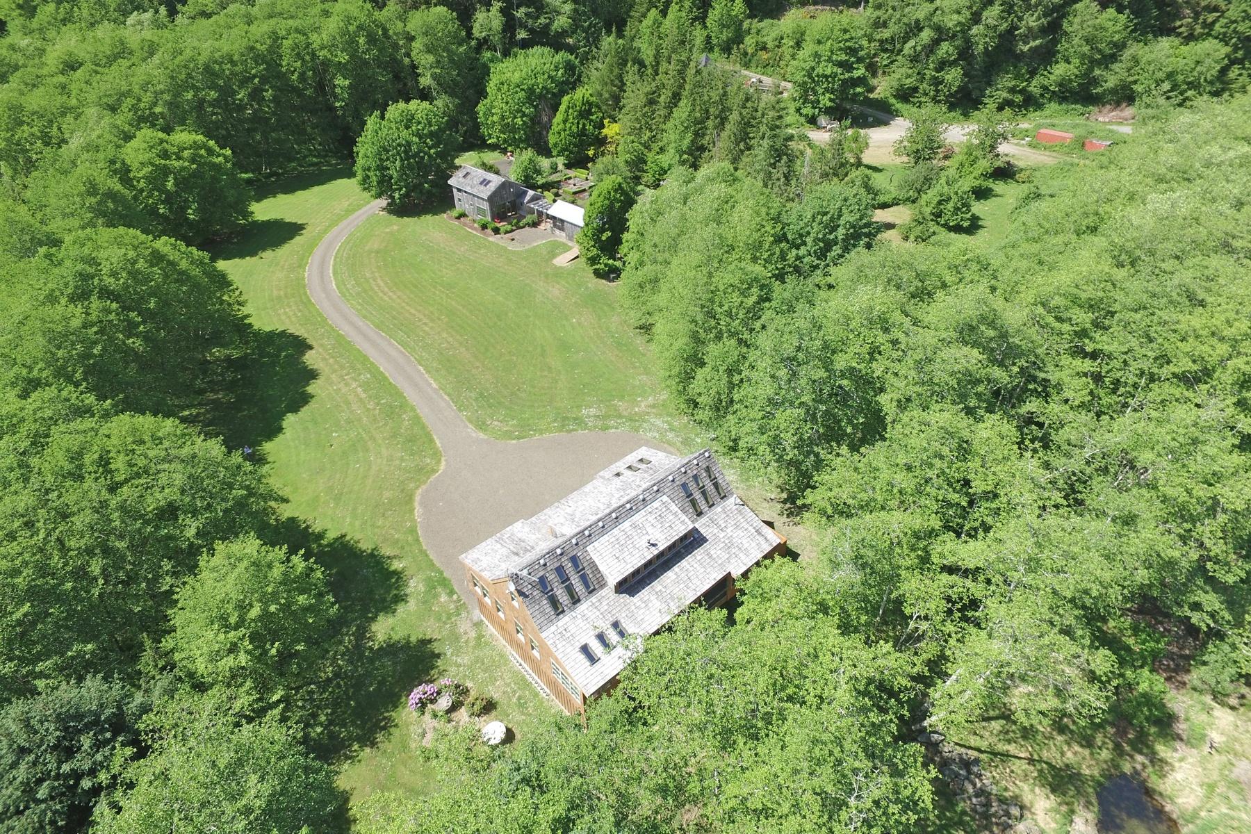 Nhà ở một gia đình vì Bán tại Estate DR, NEHALEM Nehalem, Oregon, 97131 Hoa Kỳ